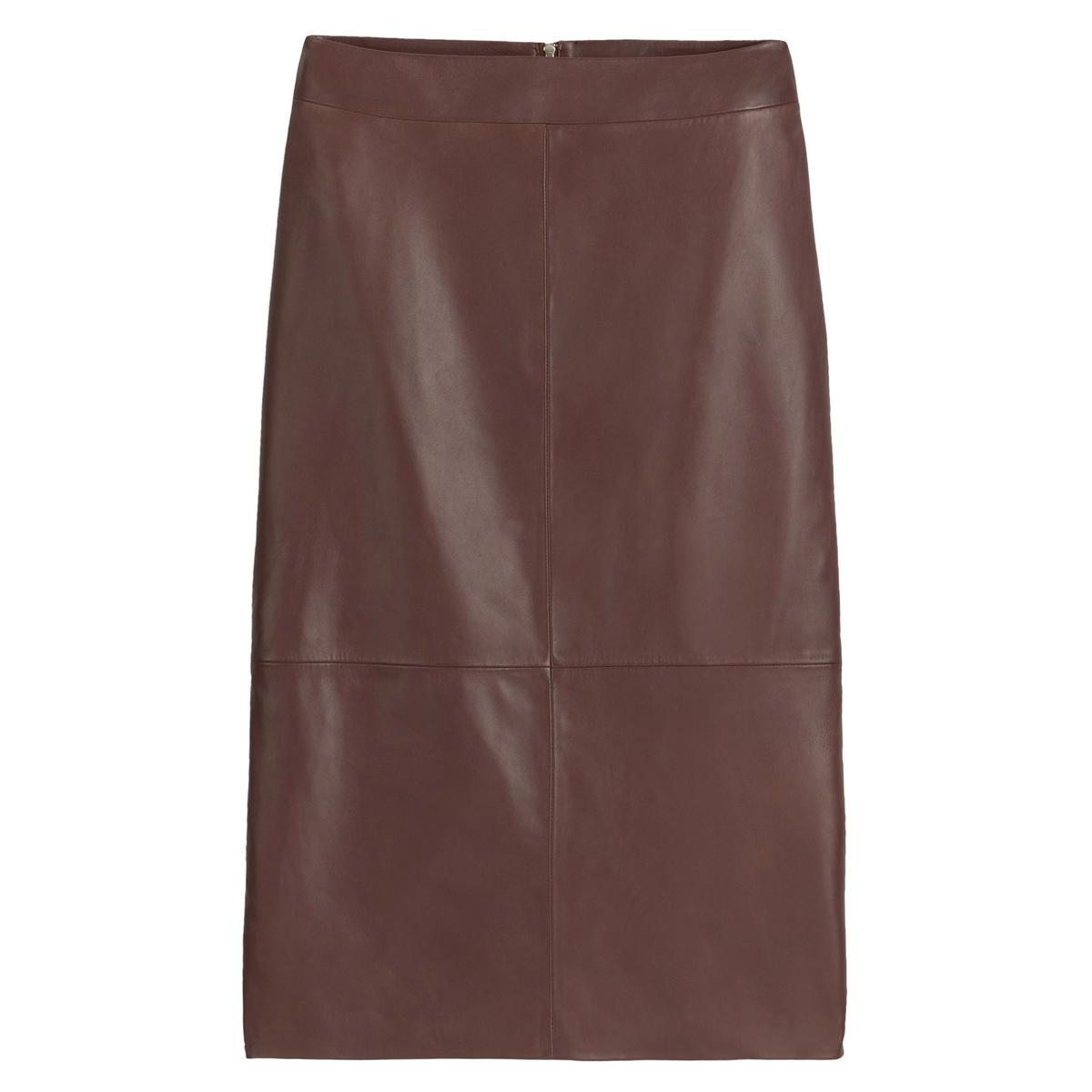 Falda tubo de piel, semilarga