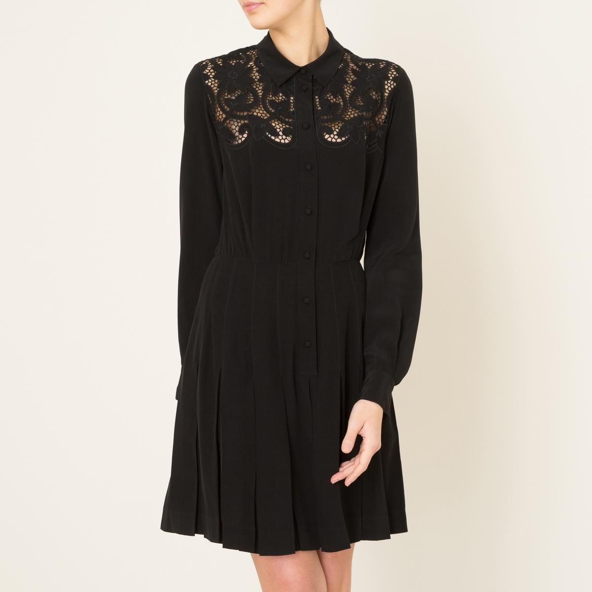 Платье со складкамиСостав и описание    Материал : 100% вискоза   Марка : THE KOOPLES<br><br>Цвет: черный<br>Размер: M