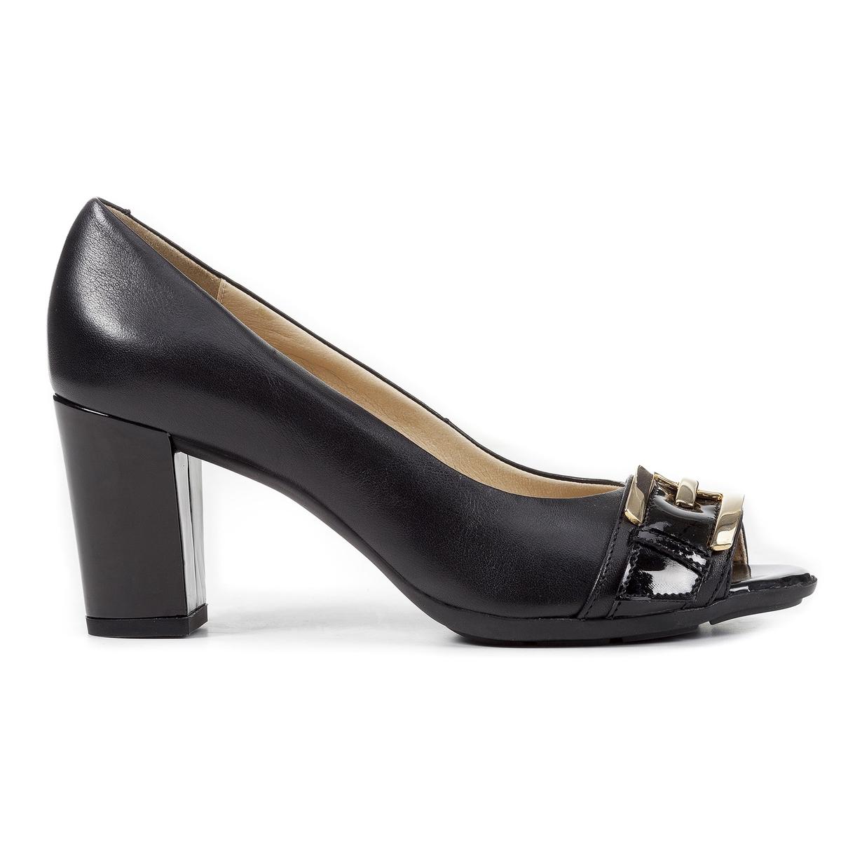 Туфли кожаные D ANNYA SP. ХОписание:Детали •  Широкий каблук •  Высота каблука : 7,5 см •  Застежка : без застежки •  Открытый мысок •  ЛакированныеСостав и уход •  Верх/Голенище : 90% кожи, 10% синетики. •  Подкладка : 100% синтетический материал •  Стелька : 100% синтетический материал •  Подошва : 100% полиуретан<br><br>Цвет: черный