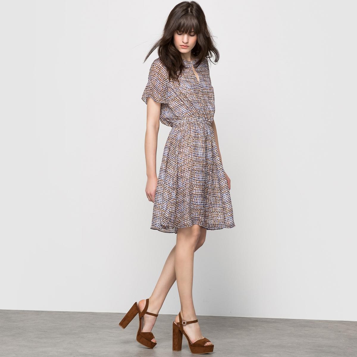 Платье с короткими рукавами, с рисунком платье с короткими рукавами с рисунком