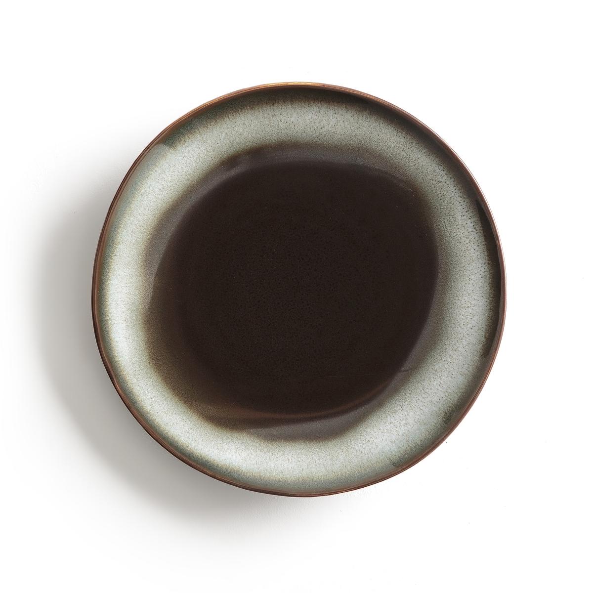 Комплект из 4 десертных тарелок из керамики Tadefi4 десертные тарелки из глазурованной керамики с отражающим эффектом Tadefi. Органическая форма, вдохновленная природой, и красивое покрытие глазурью. Можно использовать в посудомоечных машинах и микроволновых печах. Размеры: ?17 см. Глубокие и мелкие тарелки того же комплекта вы можете найти на нашем сайте.<br><br>Цвет: каштановый