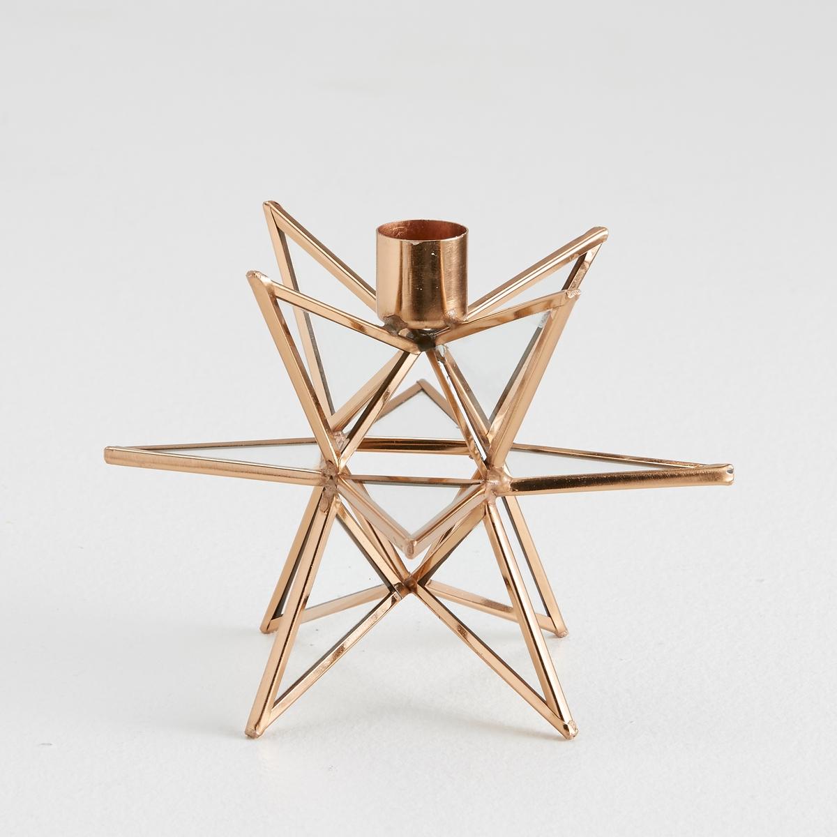 Подсвечник из стекла и металла, EstelloПодсвечник, Estello: этот подсвечник может стать красивым элементом Вашего интерьера... создать дух праздника и поднять настроение.Из металла и стекла.Подставка для свечи, диаметр. 2 см (свеча не прилагается).Размеры: 15,5 x 15,5 x 11,5 см.<br><br>Цвет: медный,черный<br>Размер: единый размер.единый размер