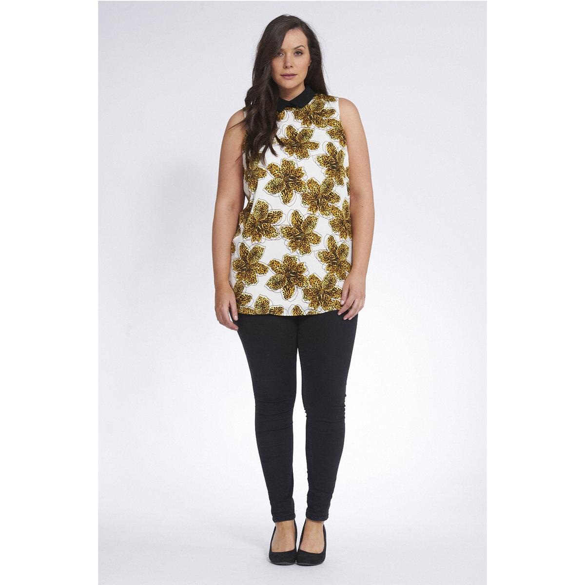 БлузкаБлузка с рисунком KOKO BY KOKO, без рукавов. 100% полиэстера<br><br>Цвет: экрю/рисунок<br>Размер: 54/56 (FR) - 60/62 (RUS)