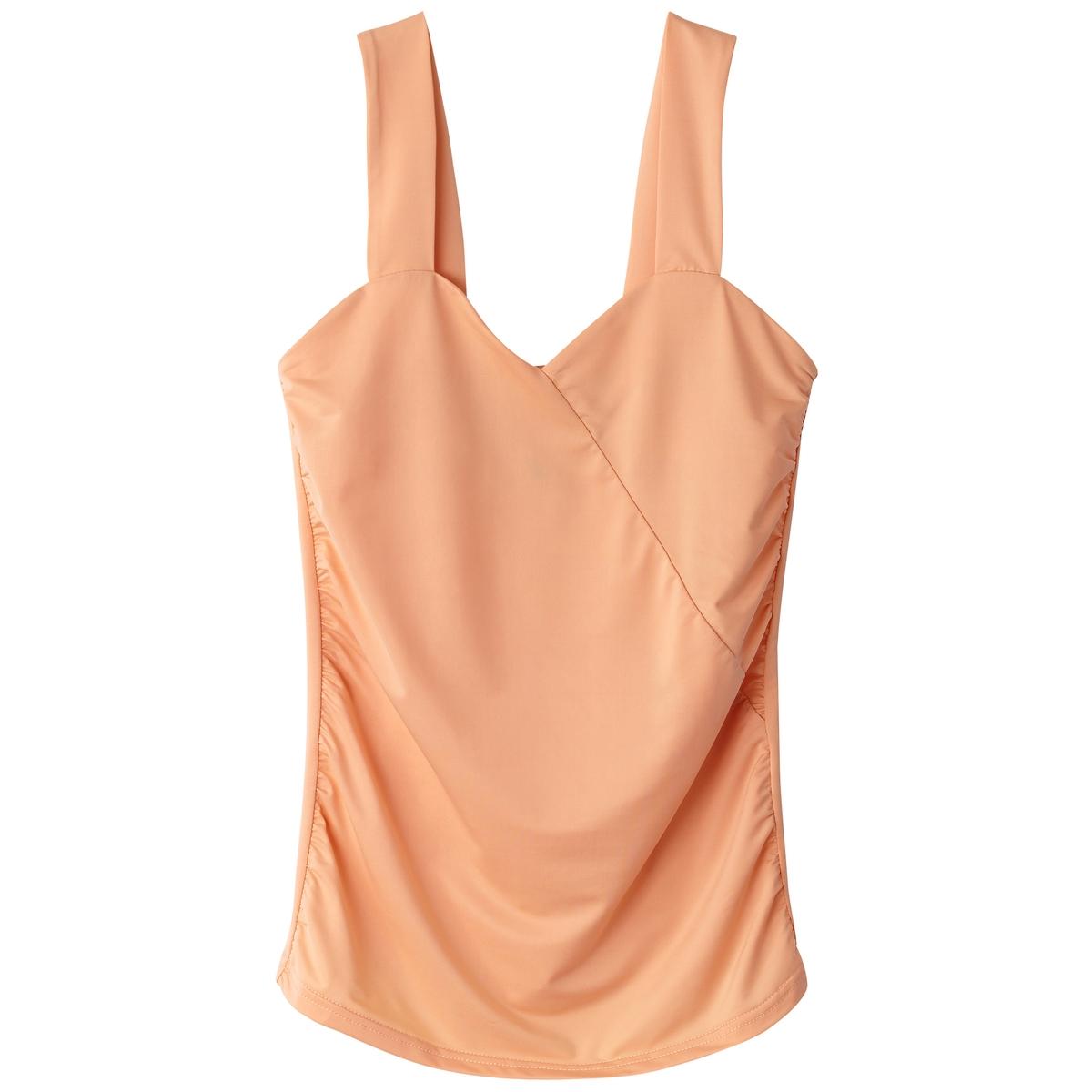 Camiseta sin mangas ceñida al cuerpo, efecto segun