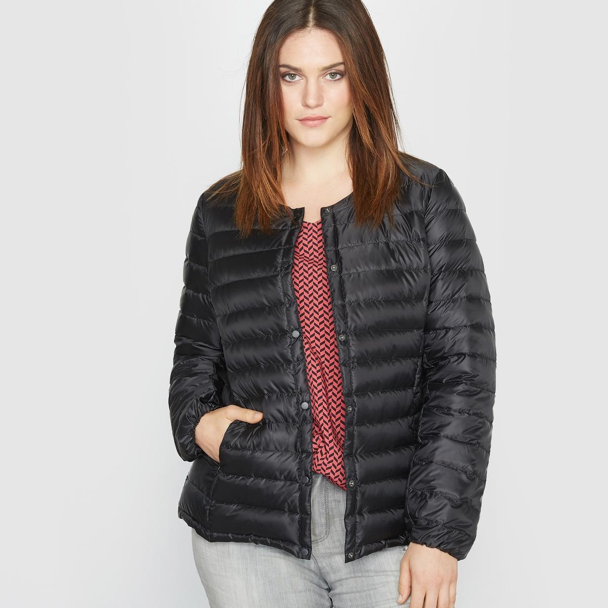 Куртка стеганая тонкаяОтличная легкая куртка! Демисезонная легкая куртка является неотъемлемым предметом базового гардероба.Детали   • Длина : укороченная  •  Без воротника  •  Застежка на пуговицыСостав и уход •  100% полиэстер   •  Материал : 90% пуха, 10% пера •  Температура стирки 30° на деликатном режиме   •  Сухая чистка и отбеливание запрещены •  Не использовать барабанную сушку •  Не гладить Одежда большого размера<br><br>Цвет: малиновый,темно-синий,черный<br>Размер: 42 (FR) - 48 (RUS).44 (FR) - 50 (RUS).48 (FR) - 54 (RUS).50 (FR) - 56 (RUS)