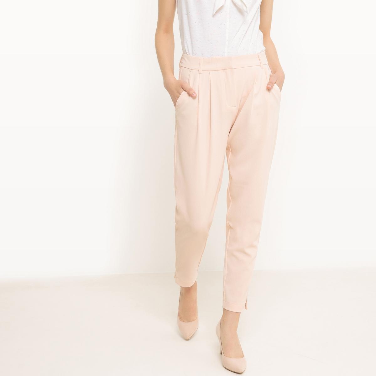 Брюки из струящейся тканиМатериал : 100% полиэстер Рисунок : однотонная модель  Высота пояса : стандартная Покрой брюк : капри<br><br>Цвет: розовый