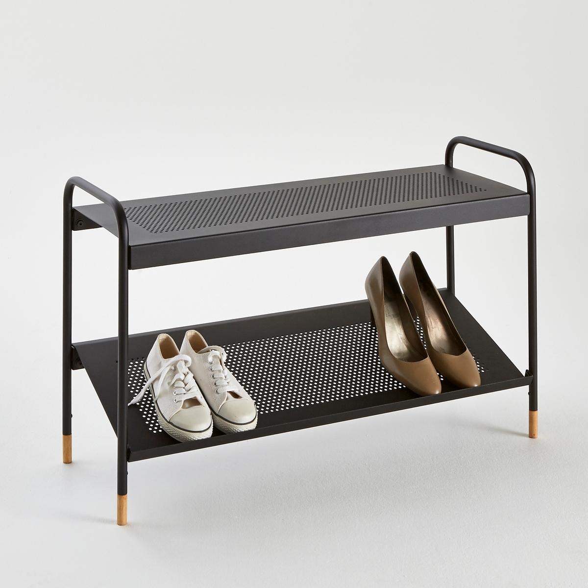 Скамья, подставка для обуви AGAMA около 8 парСкамья, подставка для обуви из перфорированного металла с 2 уровнями, то есть около 8 пар обуви . Идеальна для размещения в стенном шкафу . Ножки из металла и гельвеи . 2 полки с перфорацией . Нижняя этажерка под наклоном .Размеры :Длина : 83 смВысота : 52 смПолки: 83 x 30 см<br><br>Цвет: черный
