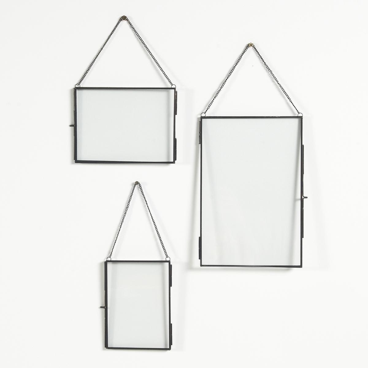 3 рамки из металла UyovaХарактеристики металлической рамки на стену UyovaКрепится на стенуИз металла с отделкой под латунь Размеры металлической рамки Uyova21 x 15,5 см13,5 x 18,5 см20,5 x 30,5 см<br><br>Цвет: черный