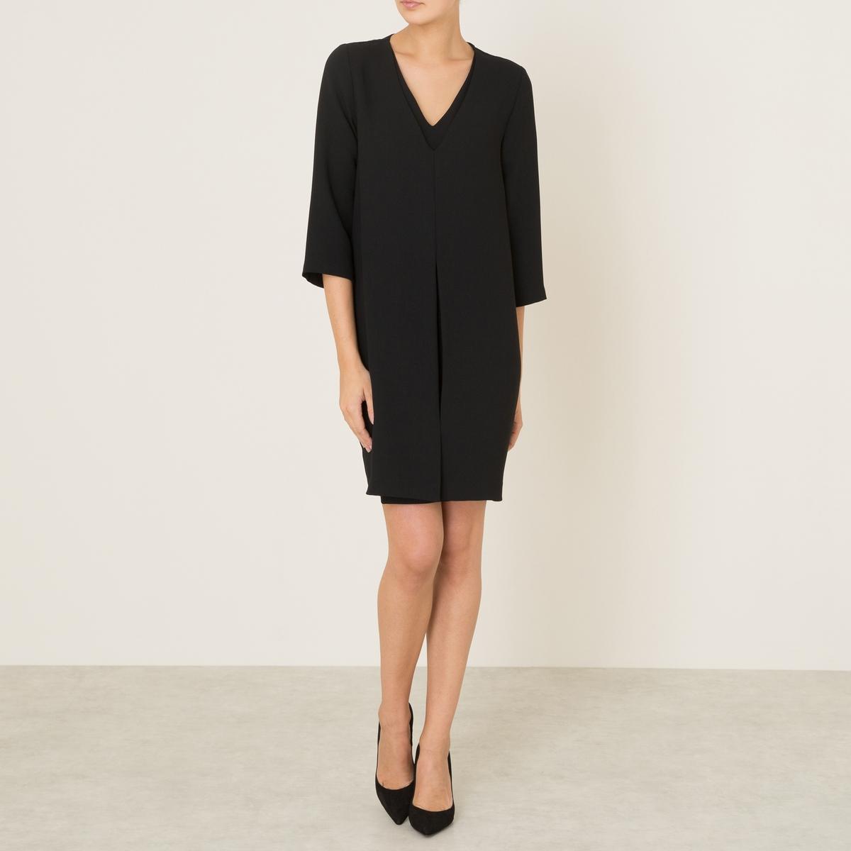 Платье MYRIAMПлатье TOUPY, модель MYRIAM. V-образный вырез спереди и сзади. Рукава ?. Небольшая складка внутрь спереди. 2 кармана в боковых швах. Подкладка   .Состав и описаниеМатериал : 100% полиэстер Длина : 88 см. (для размера S)Марка : TOUPY<br><br>Цвет: черный/ черный<br>Размер: XS