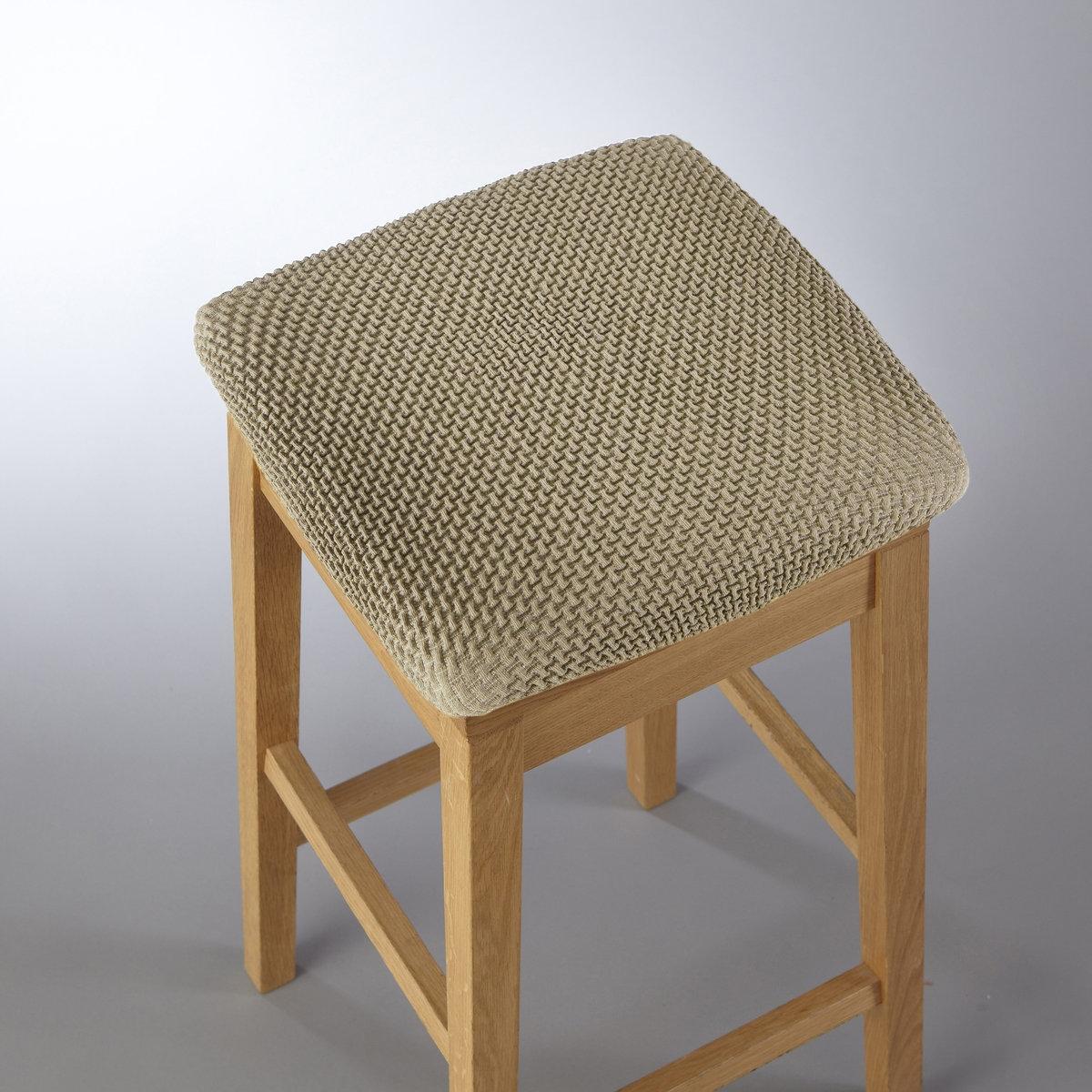 Чехлы для табуретаПросто и практично! Из эластичной гофрированной ткани, 55% хлопка, 40% полиэстера, 5% эластана. Стирка при 30°. Эластичный низ прекрасно закрывает табуреты любых типов.<br><br>Цвет: серо-бежевый<br>Размер: единый размер