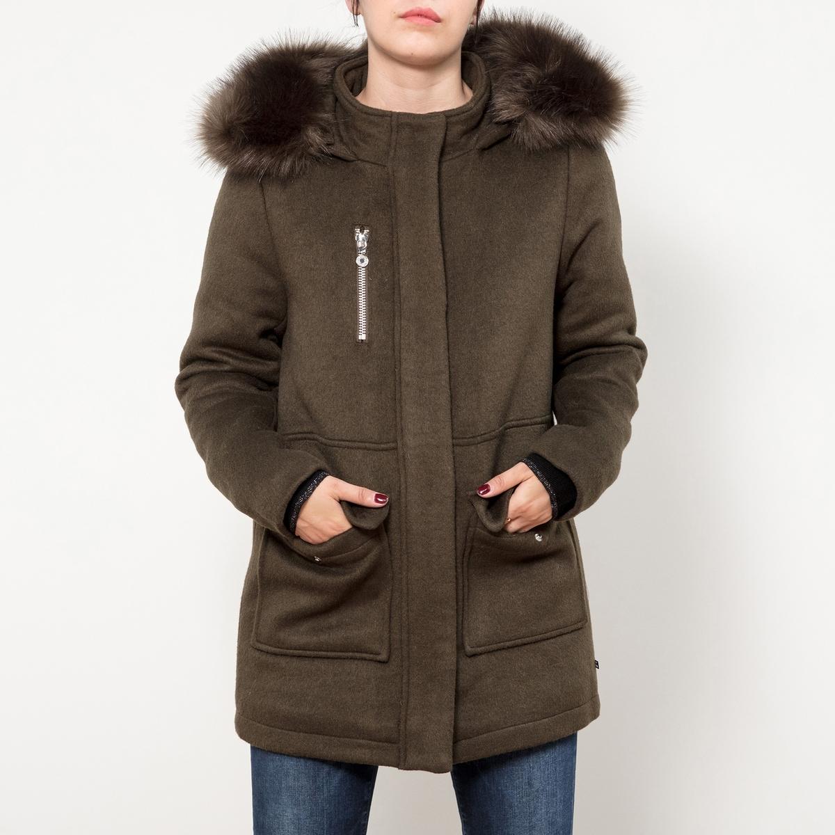 Пальто средней длины  капюшоном из шерсти