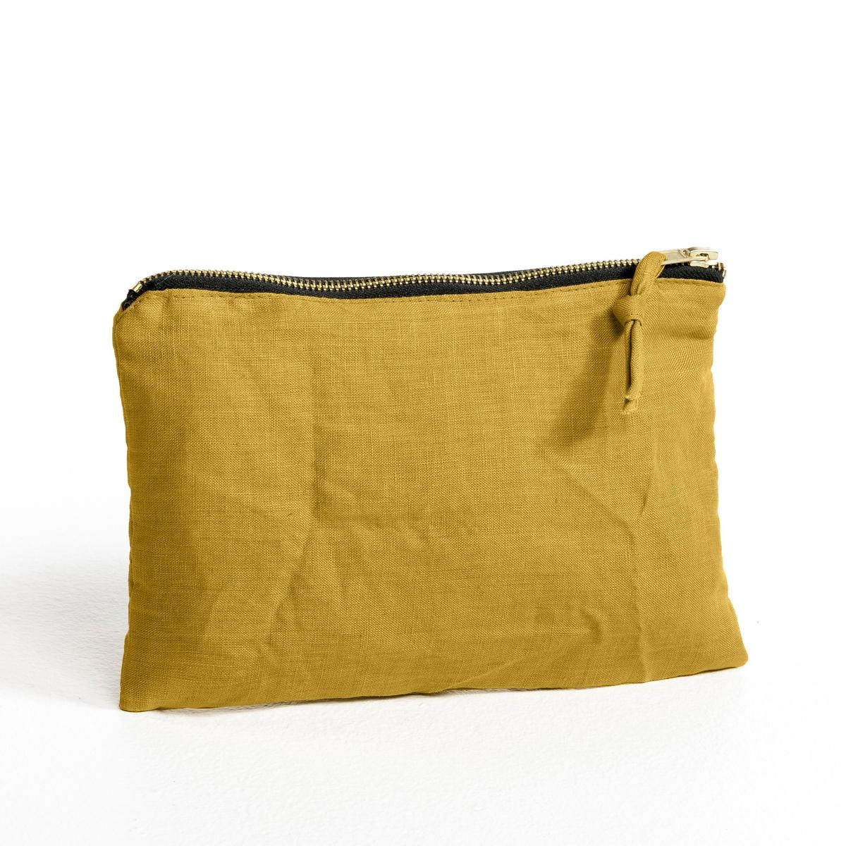 Клатч из стираного льна ElinaС логотипом бренда AM.PM   . (этикетка внутри).- Машинная стирка при 40 °С.<br><br>Цвет: антрацит,желтый карри,зеленый шалфей,серый