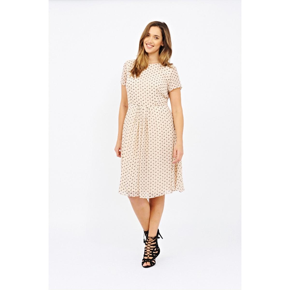 Платье с короткими рукавамиПлатье с короткими рукавами - LOVEDROBE. Небольшой вырез с кружевной отделкой сверху на спинке. Длина ок.104 см. 100% полиэстера.<br><br>Цвет: набивной рисунок<br>Размер: 58/60 (FR) - 64/66 (RUS)