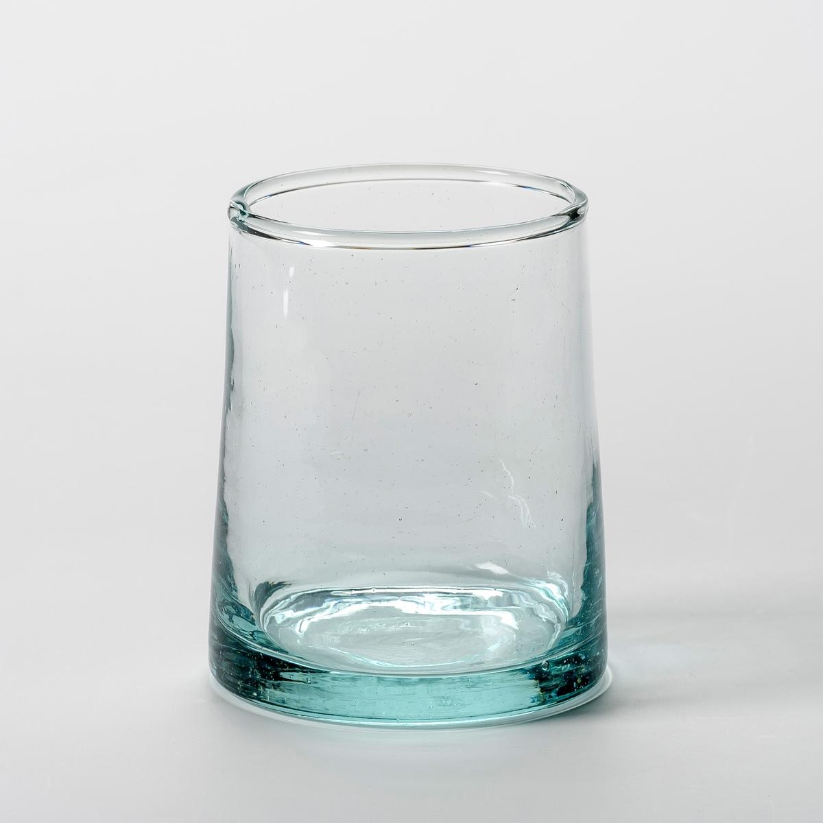 Комплект из 6 стаканов из дутого стекла, Gimani6 стаканов для воды Gimani. Изготовлена с помощью техники выдувания, из переработанного стекла. Благодаря технике стеклодувов каждое изделие уникально. Общие размеры. : ? верха 6,2, ? низа 7,3 x В.9 см. Емксоть 25 cl. Можно мыть в посудомоечной машине и использовать в микроволновой печи. Салатницы и графины из этой же коллекции продаются на нашем сайте.<br><br>Цвет: прозрачный<br>Размер: единый размер
