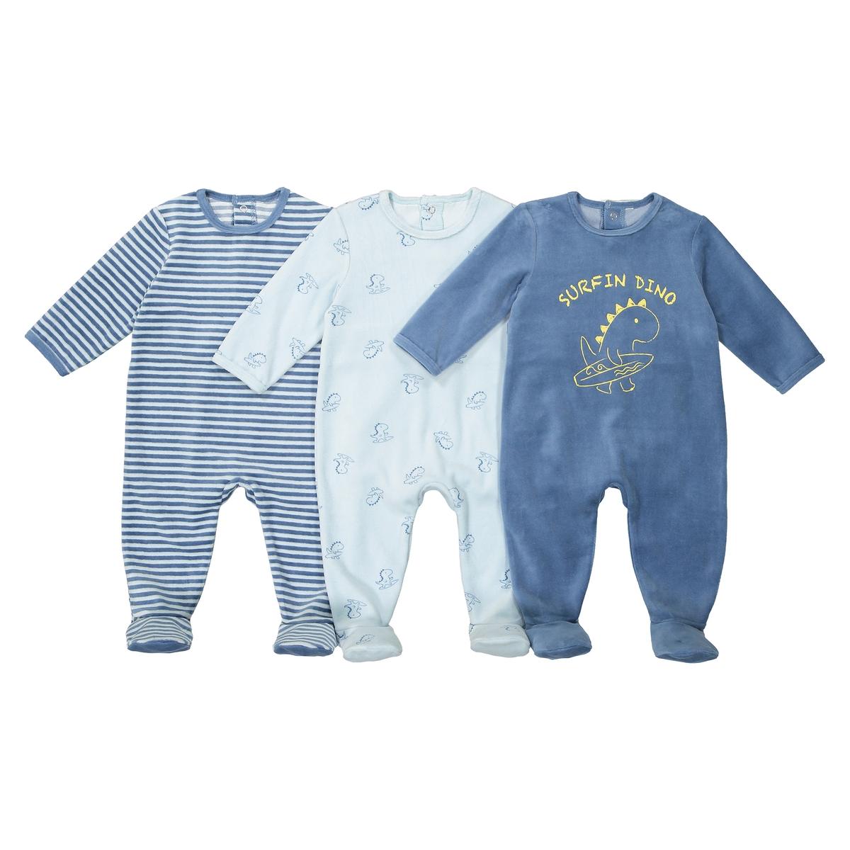 3 пижамы из велюра, 0 мес - 3 летОписание:Комплект из 3 велюровых пижам. В тройном размере...это лучше ! Можно менять их в течение ночи...Детали • Пижама с длинными рукавами и брючинами .  • Комплект из 3 изделий  : 1 однотонная пижама с принтом спереди+ 1 пижама в полоску + 1 пижама с рисунком динозавры . •  Круглый вырез.  •Застежка на кнопки сзади и между ножек для легкости надевания .Состав и уход •  Материал : велюр: 75% хлопка, 25% полиэстера. •  Машинная стирка при 30° на умеренном режиме с изделиями схожих цветов. •  Стирать, сушить и гладить с изнаночной стороны. •  Машинная сушка на умеренном режиме. •  Гладить при низкой температуре.<br><br>Цвет: синий + серый<br>Размер: 2 года - 86 см.1 год - 74 см.9 мес. - 71 см.6 мес. - 67 см.1 мес. - 54 см.0 мес. - 50 см.3 года - 94 см