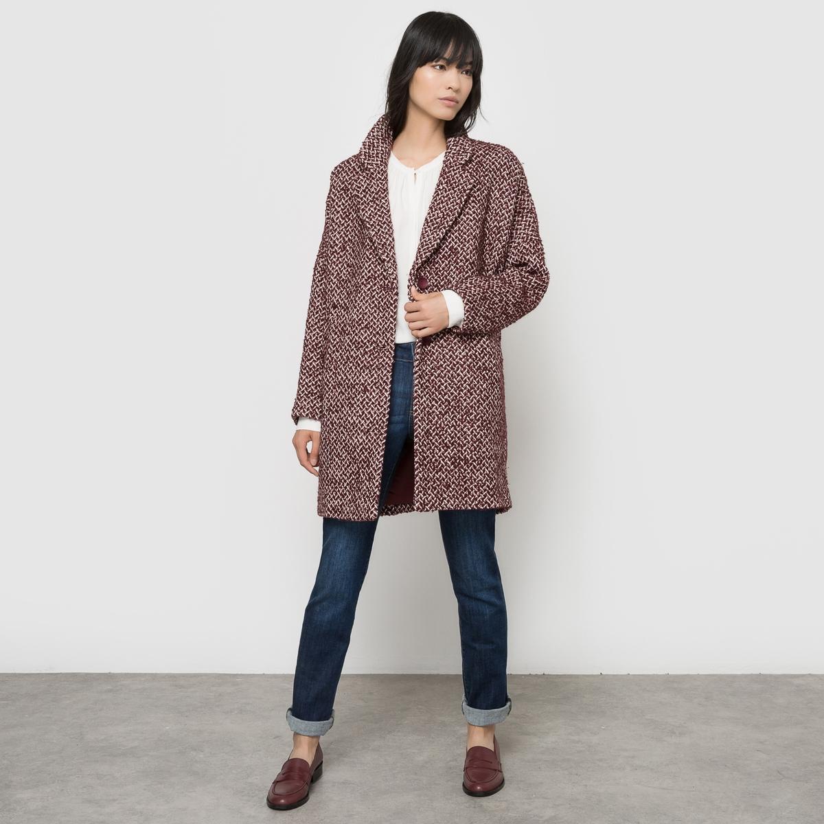 Пальто средней длины из жаккардовой тканиМатериал : 12% шерсти, 12% акрила, 73% хлопка, 3% полиэстера Тип застежки : застежка на пуговицы  Форма воротника : шалевый воротник Длина пальто : средней длины Рисунок : принт<br><br>Цвет: бордовый<br>Размер: единый размер
