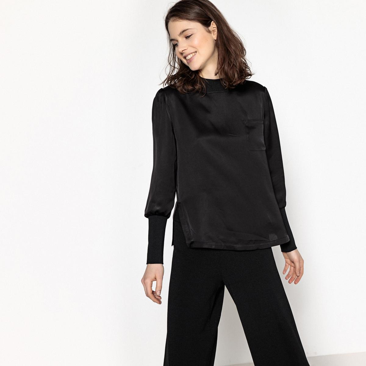 Блузка однотонная со стоячим воротником из двух материалов блузка однотонная со стоячим воротником и нагрудными карманами