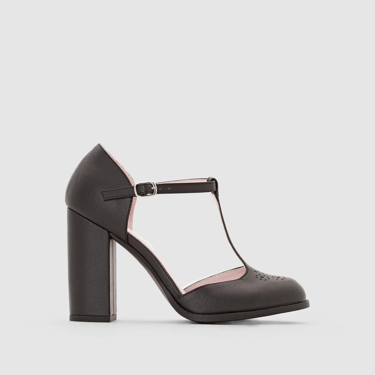 Туфли с ремешком на высоком каблукеПреимущества : Очень модные туфли с высоким каблуком и ремешком вокруг щиколотки.<br><br>Цвет: черный<br>Размер: 40