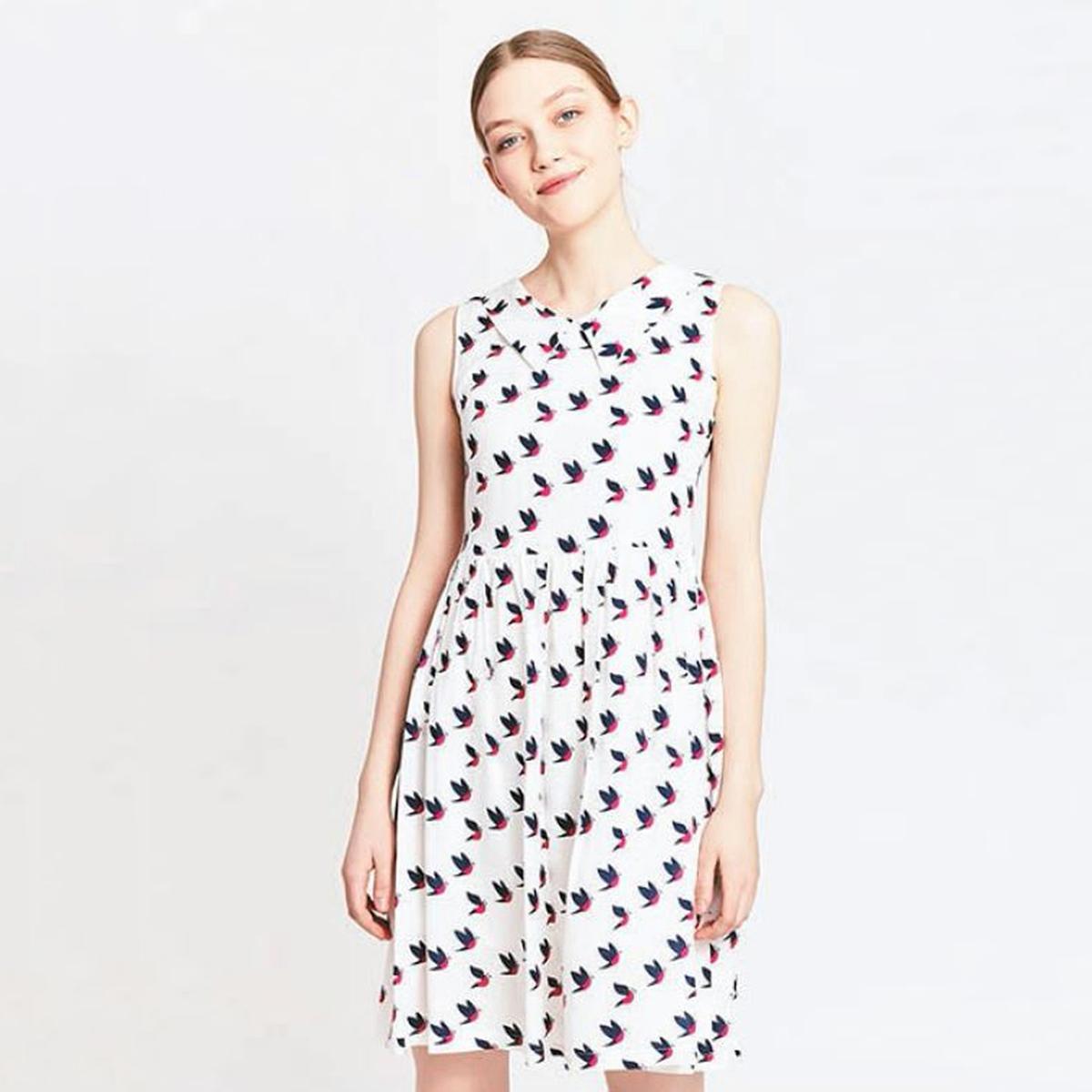 Платье с рисунком птицыМатериал : 100% полиэстер  Длина рукава : без рукавов  Форма воротника : воротник-поло, рубашечный Покрой платья : расклешенное платье Рисунок : анималистический    Длина платья : короткое<br><br>Цвет: сине-белый рисунок<br>Размер: L