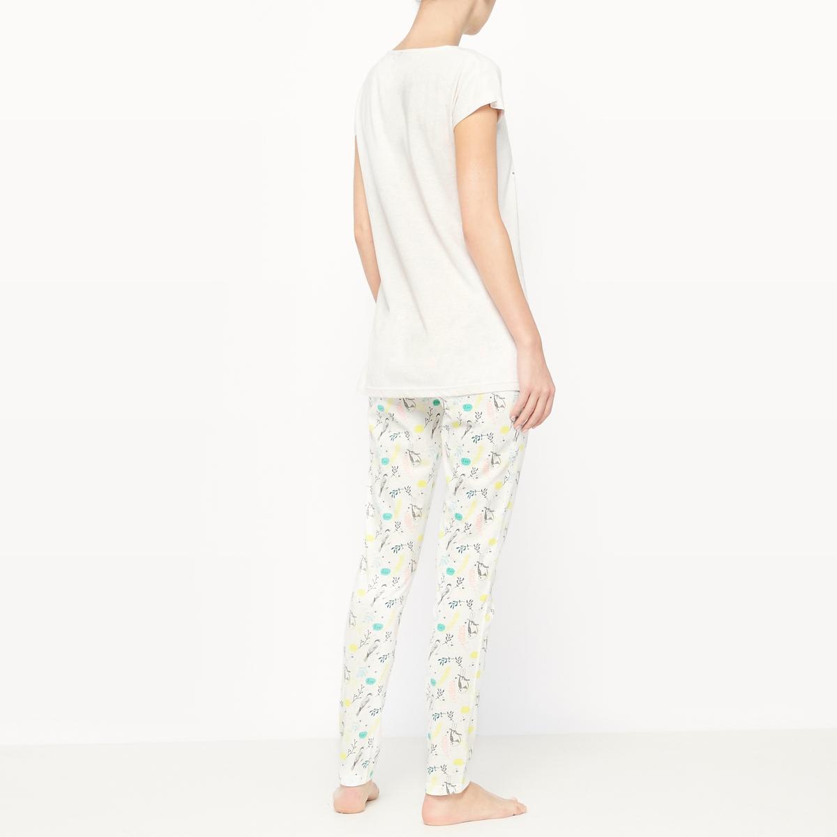 Пижама с короткими рукавами из хлопка SpringПижама Spring от Dodo. Двухцветная пижама из мягкой ткани, яркая расцветка.  Однотонная футболка с короткими рукавами, оригинальный закругленный вырез, рисунок спереди. Брюки с рисунком и эластичным поясом.Состав и описание :Материал футболки : 50% хлопка, 50% полиэстераМатериал брюк : 100% хлопокМарка : Dodo Уход :Машинная стирка при 30 °C с вещами схожих цветов<br><br>Цвет: рисунок/бежевый фон<br>Размер: L