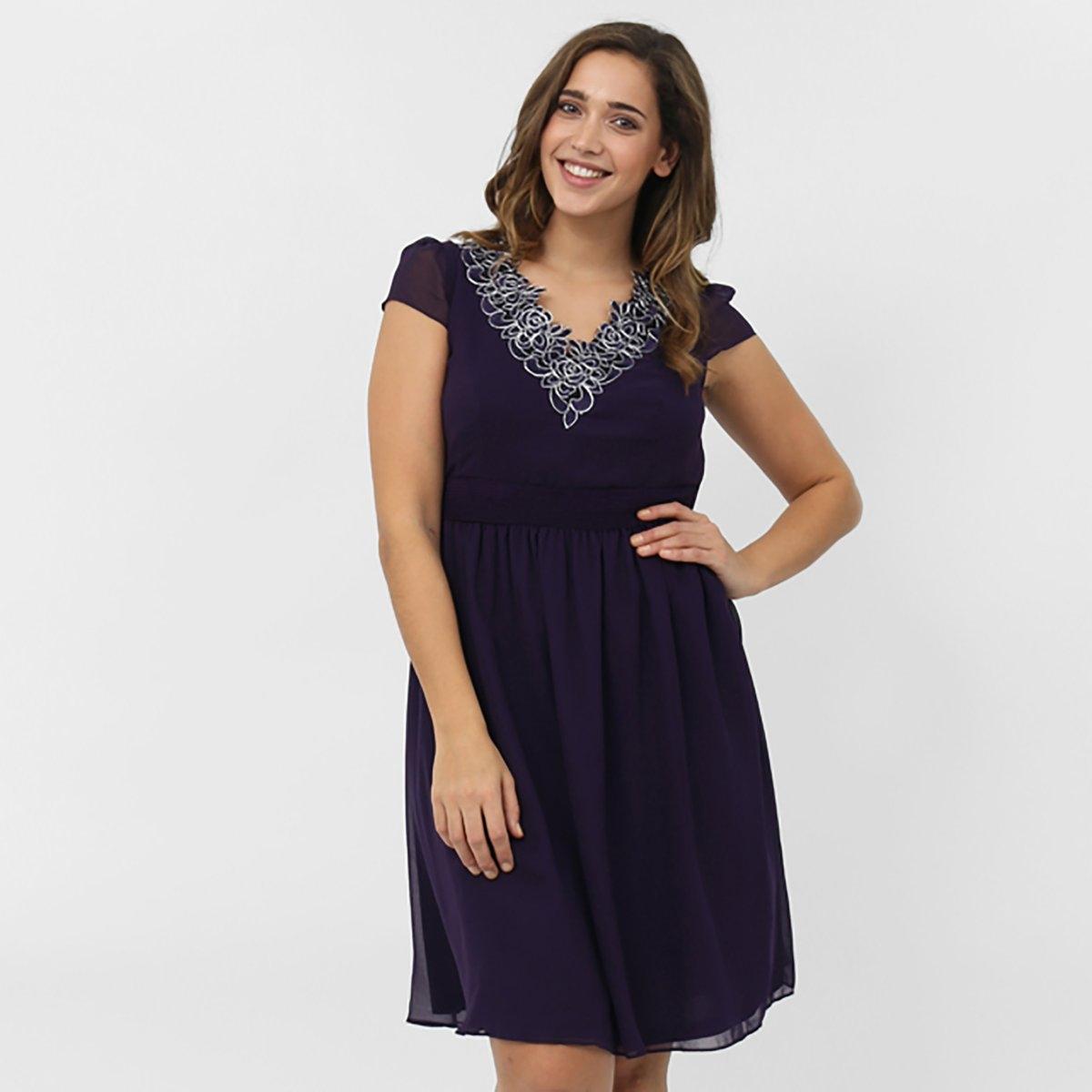 ПлатьеПлатье с короткими рукавами KOKO BY KOKO.  V-образный вырез со вставками спереди и сзади . Длина ок. 100 см . 100% полиэстера.<br><br>Цвет: фиолетовый<br>Размер: 58/60 (FR) - 64/66 (RUS)