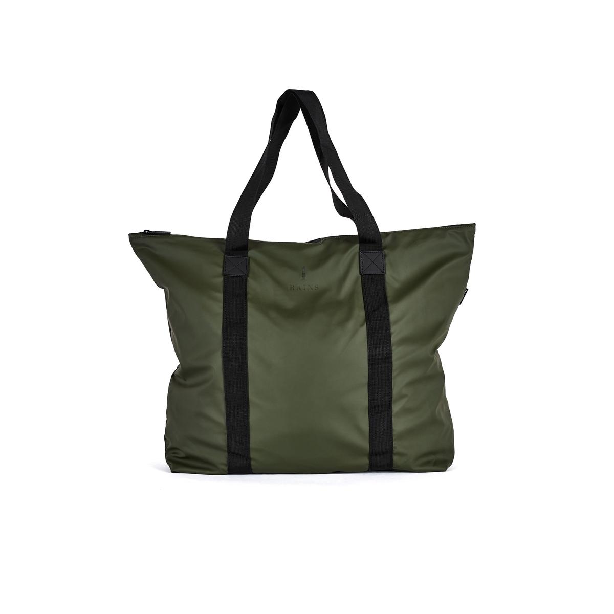 Сумка непромокаемаяОписание:Прочные ручки, материал, подходящий в дождливую погоду: непромокаемая сумка-мешок пригодится не только для шопинга, но и для прогулок Состав и описание :Материал верха : 50% полиэстера, 5O % полиуретана Марка: RAINSМодель : SATOTE BAGРазмеры : В. 43 x Ш. 54 x Г. 12.5 см - объём 29 Застежка : молнияНебольшой карман внутриРучки.<br><br>Цвет: хаки
