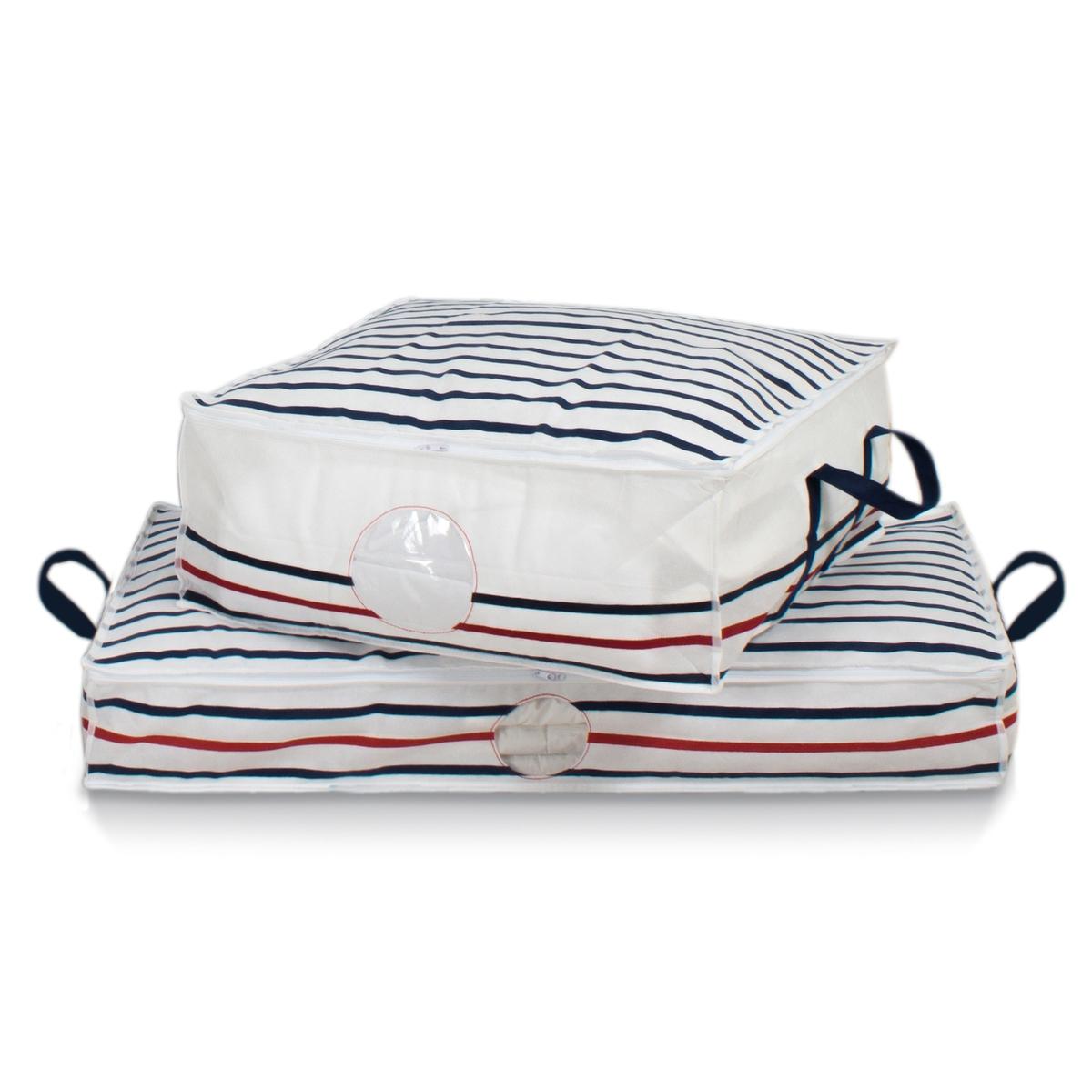 Комплект из 2 чехлов для хранения белья BazilХраните вещи, одеяла, постельное белье и организуйте пространство с помощью защитных чехлов с принтом в морском стиле. Комплект из 2 чехлов.Характеристики чехла:- Нетканый, 100% полипропилена, с принтом в голубую/красную полоску на белом фоне.- 2 ручки для переноски.- Застежка на молнию с 3 сторон.- Прозрачная вставка.Размеры чехла:Длина 100 см.Ширина 46 см.Высота 15 см.Найдите все чехлы для хранения Bazil на сайте laredoute.ru.<br><br>Цвет: в полоску белый/темно-синий