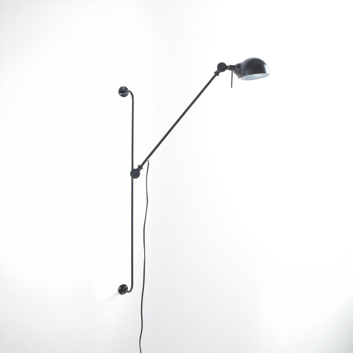 Светильник из металла с регулируемой лапкой на шарнире, KikanСветильник из металла Kikan в очень актуальном стиле . Практичная лапка на шарнире позволяет отрегулировать светильник на нужной высоте .Описание светильника Kikan :Лапка на шарнире для регулировки по высоте 2 шарнирных соединения  : на уровне лапки и абажура Патрон E14 для флюокомпактной лампочки макс 7W (не входит в комплект)  Этот светильник совместим с лампочками    энергетического класса   : AХарактеристики светильника  Kikan  :Каркас из металла в индустриальном стиле с покрытием эпоксидной эмалью матового цвета Найдите подходящий торшер Kikan на сайте laredoute.ruРазмер светильника  Kikan  :Лапка с креплением на стену : 75 см высотой Лапка с абажуром : 65 смДиаметр абажура: 11 см.Высота абажура: 8 см<br><br>Цвет: черный