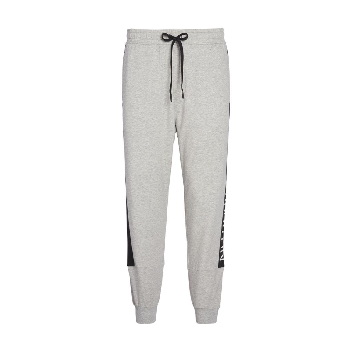 Pyjama-Hose Statement