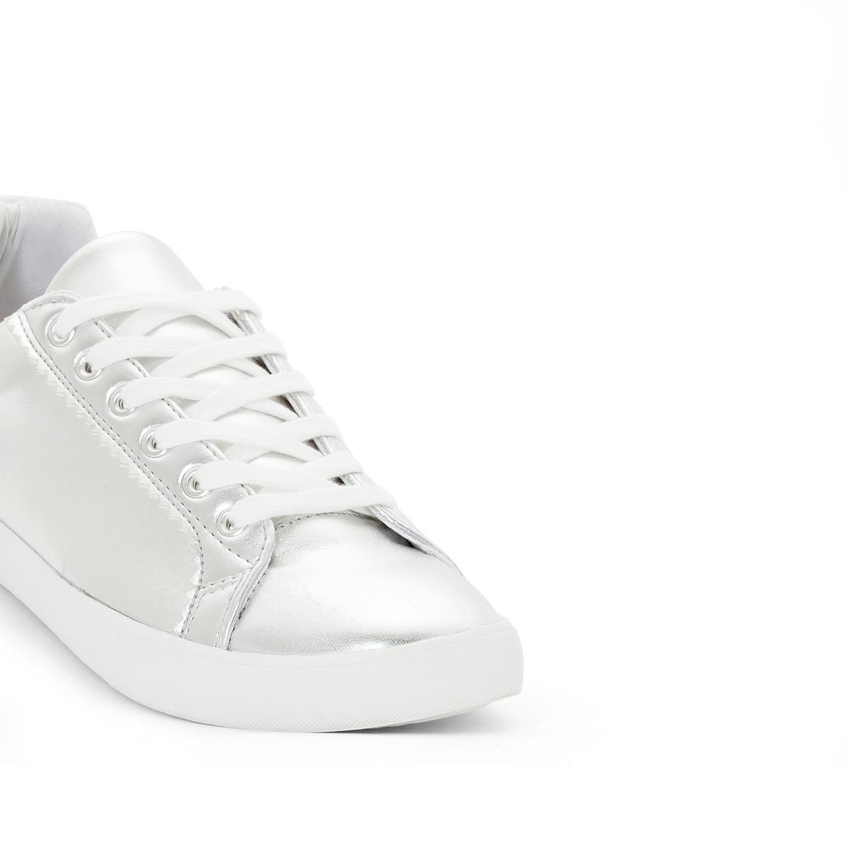 Кеды синтетические на широкую ногу, размеры 38-45Описание:Детали •  Спортивный стиль •  Плоский каблук •  Застежка : шнуровка •  Гладкая отделкаСостав и уход •  Верх 100% полиуретан •  Подкладка 100% хлопок<br><br>Цвет: серебристый<br>Размер: 38.43.40.39.45.44
