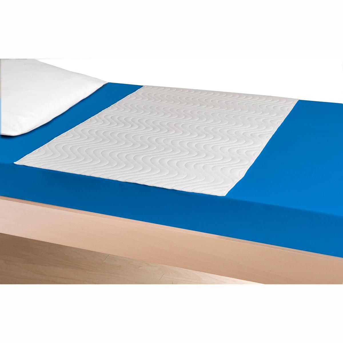 Защитный чехол для матраса, непромокаемый, дышащий и впитывающийНепромокаемый, дышащий и впитывающий защитный чехол для матраса  Absoplus защищает постельное бельё Вашего малыша от ночных и прочих мелких неожиданностей, гарантируя при этом максимальную защиту, высокое качество и уровень комфорта.  Описание защитного чехла для матраса Absoplus  :- Форма пелёнки.- Непромокающий, ультра-дышащий и впитывающий.- Для младенцев и малышей.- Высокая впитываемость (до 2 л/м?).- Дышащая поверхность для комфорта Вашего малыша.- Высокая износоустойчивость (выдерживает более 100 стирок при 60°).Характеристики защитного чехла для матраса Absoplus  :Защитный чехол в форме пелёнки, 5 видов ткани:                                  Очень мягкий бархат 100%  полиэстер с верхней внешней стороны .                 Объёмная подкладка 100% полиэстер.                 100% нетканый впитывающий полиэстер.                 100% полиуретан с непромокаемой мембраной.                 Бархат 100% полиэстер, противоскользящее покрытие со стороны матраса.- Общий вес: 515 г/м?.- Форма пелёнки, без клапана.- Стирка до 95°C. Найдите больше товаров для комфортного сна на сайте laredoute.ru<br><br>Цвет: белый