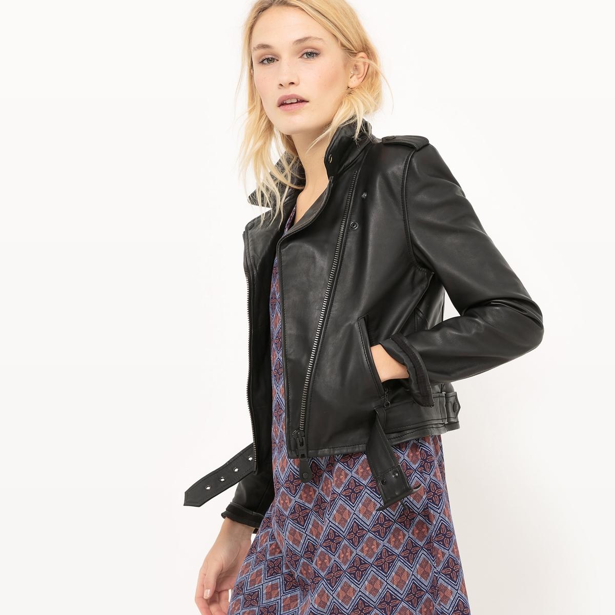 Куртка кожаная на молнии и со съемным поясомМатериал : 100% кожа Тип застежки : застежка на молнию.  Форма воротника : воротник-поло, рубашечный. Длина : укороченная модельРисунок : Однотонная модель   Особенность изделия: С поясом<br><br>Цвет: черный