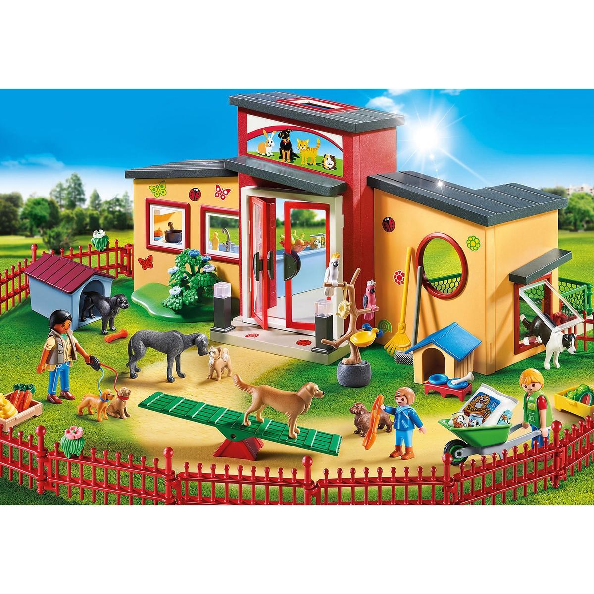An image of Playmobil Tiny Paws Pet Hotel