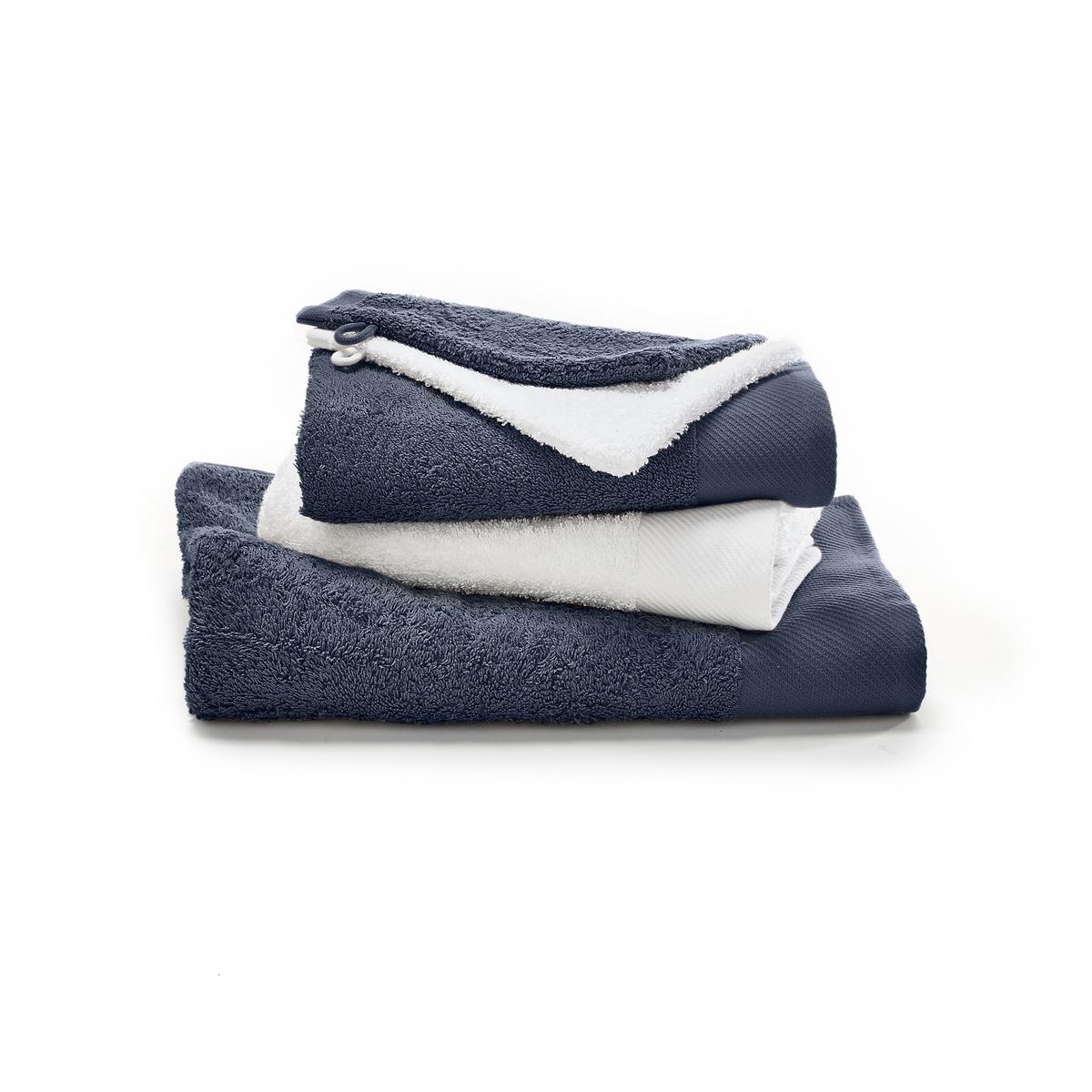 Комплект банный из 5 предметов, махровая тканьМягкий банный комплект из нежной и плотной махровой ткани красивых расцветок. Состав и описание 5 предметов из махровой ткани :1 банное полотенце + 2 туалетные полотенцы + 2 рукавицыМатериал :  100% хлопок 500г/м2 Полотенце банное : размеры 70 x 140 смТуалетное полотенце:  50 x 100 смТуалетная рукавица:  15 x 21 см Уход :Машинная стирка при 60° с изделиями схожих цветов.Машинная сушка.<br><br>Цвет: белый/темно-серый,бирюзовый/ белый,серо-бежевый/белый,серо-синий/синий,Синий/малиновый