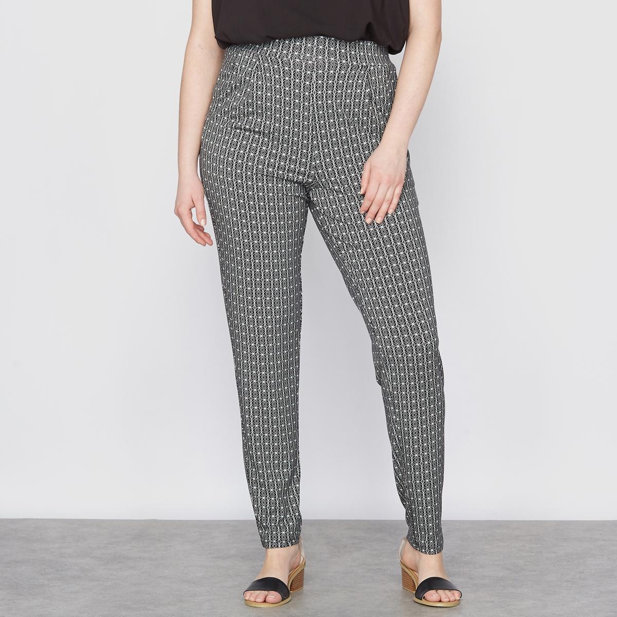 Спортивные брюки из струящегося джерсиБрюки. Струящиеся спортивные брюки идеальны для лета! 2 кармана по бокам. Эластичный для большего комфорта пояс. Низ брючин на резинках. Джерси с рисунком: 95% вискозы, 5% эластана. Длина по внутр.шву 72 см.<br><br>Цвет: наб. рисунок черный/ белый<br>Размер: 42 (FR) - 48 (RUS)