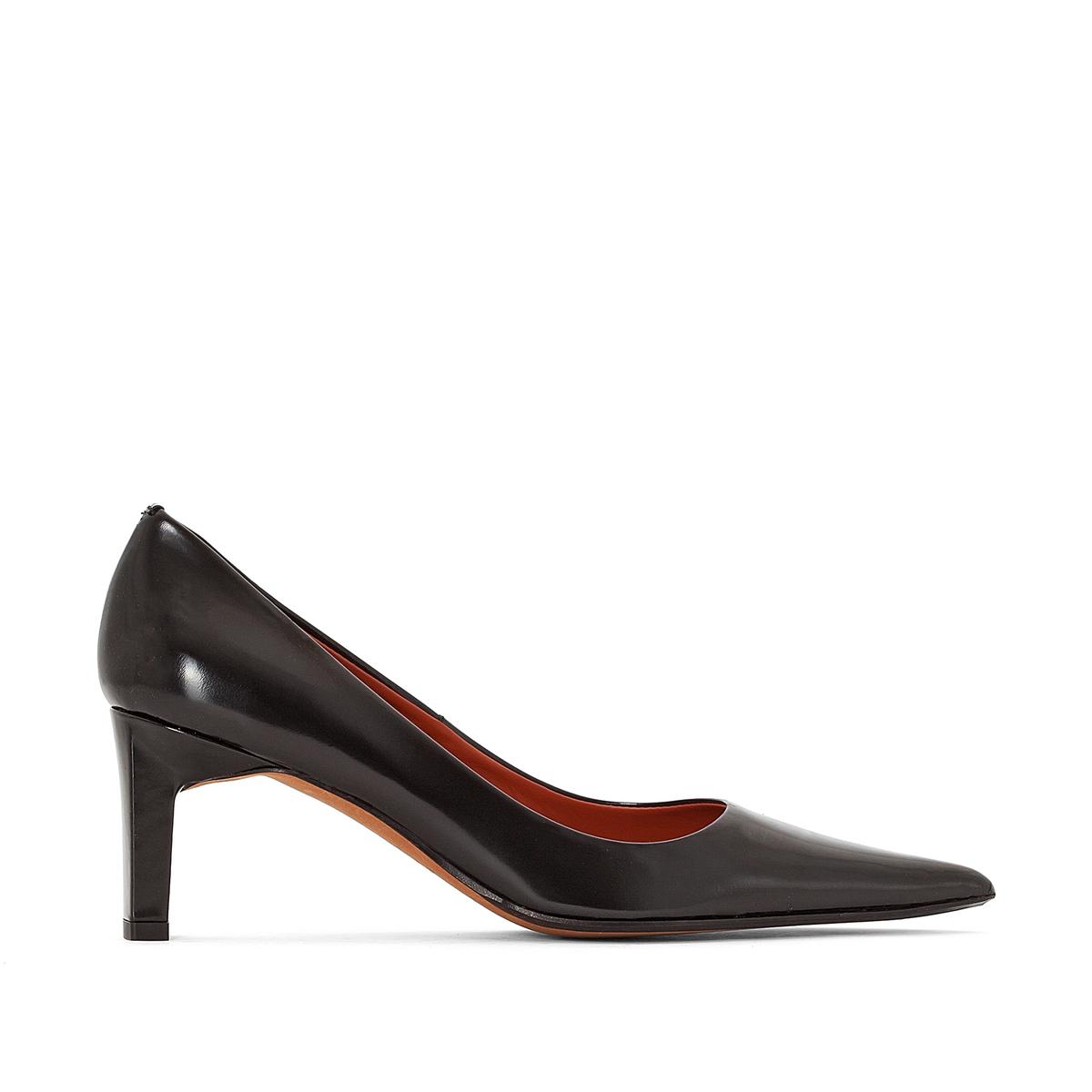 Туфли кожаные на каблуке, KENTПодкладка: Кожа.Стелька: Кожа.Подошва: Кожа и синтетический материал.  Высота каблука: 6,8 см.    Форма каблука: ШирокаяМысок: Круглый.Застежка: Ремешок/пряжка.<br><br>Цвет: черный