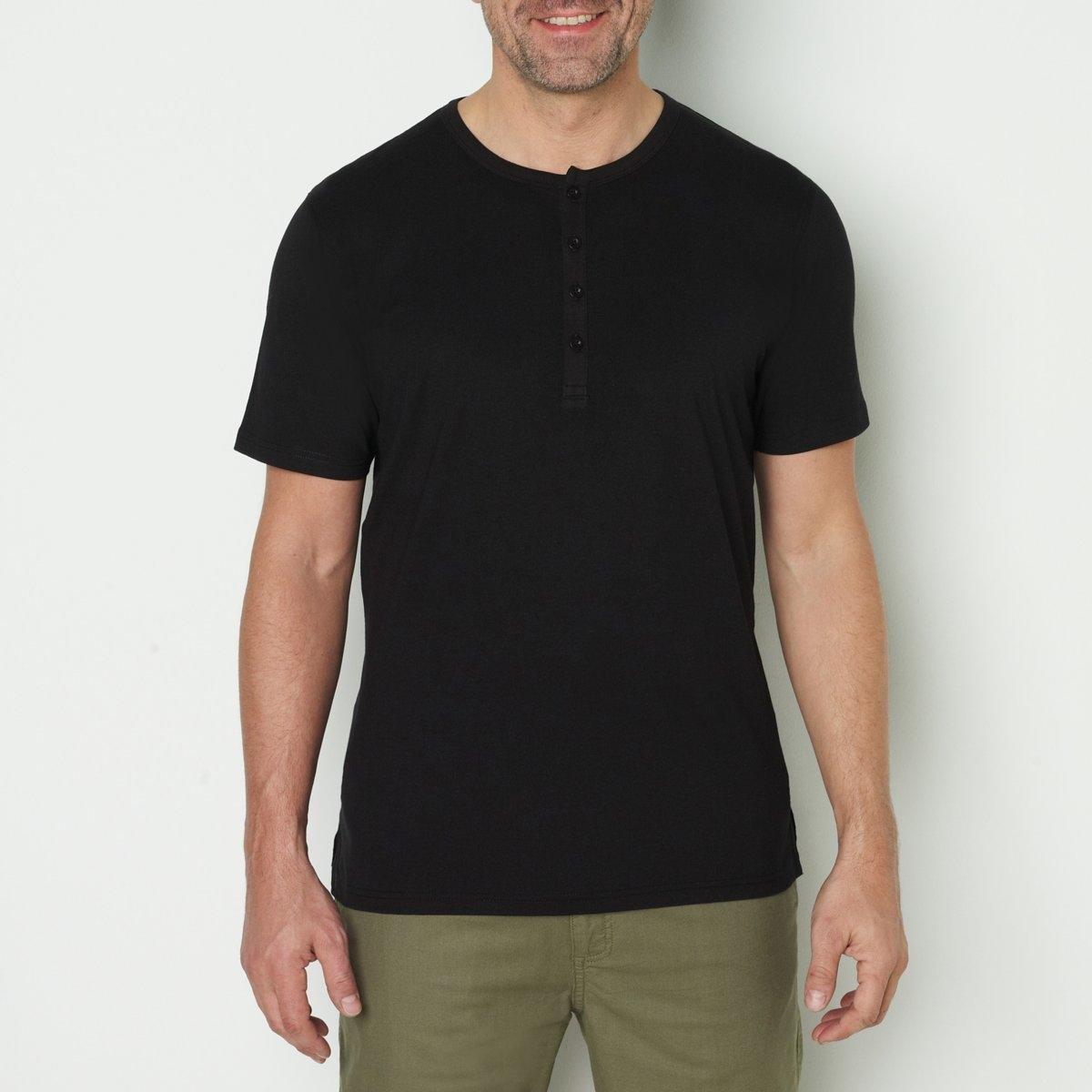 Футболка с круглым вырезом с разрезом спереди и короткими рукавами, 100% хлопокдлина спереди : 76 см для размера 50/52 и 86 см для размера 90/92.- длина рукавов : 22,8 см для размера 50/52 и 28,8 см для размера 90/92.<br><br>Цвет: темно-серый меланж,темно-синий,черный<br>Размер: 58/60.70/72.62/64.74/76.50/52.78/80.54/56.62/64.66/68.66/68.54/56.82/84.74/76.82/84