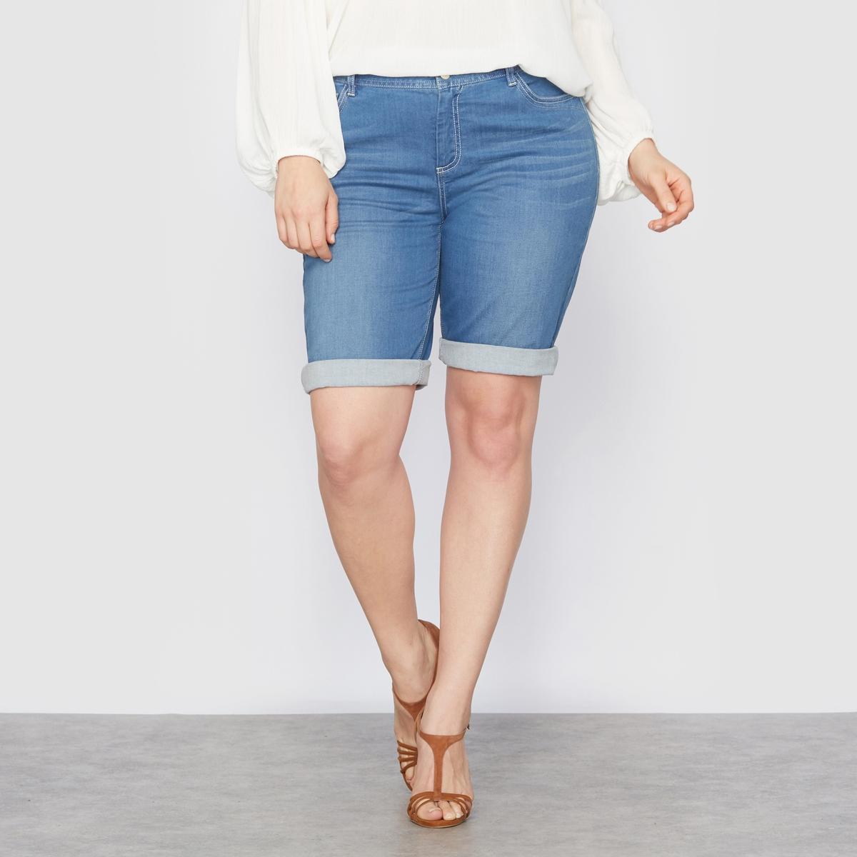 Бермуды из денимаДжинсовые бермуды. Незаменимая вещь в летнем гардеробе ! Длина идеально подходит женщинам с  формами. Отвороты по низу позволяют регулировать длину. Застежка на молнию и металлическую пуговицу. 5 карманов. Эластичный деним,  98% хлопка, 2% эластана. Длина по внутреннему шву 36 см.<br><br>Цвет: голубой потертый