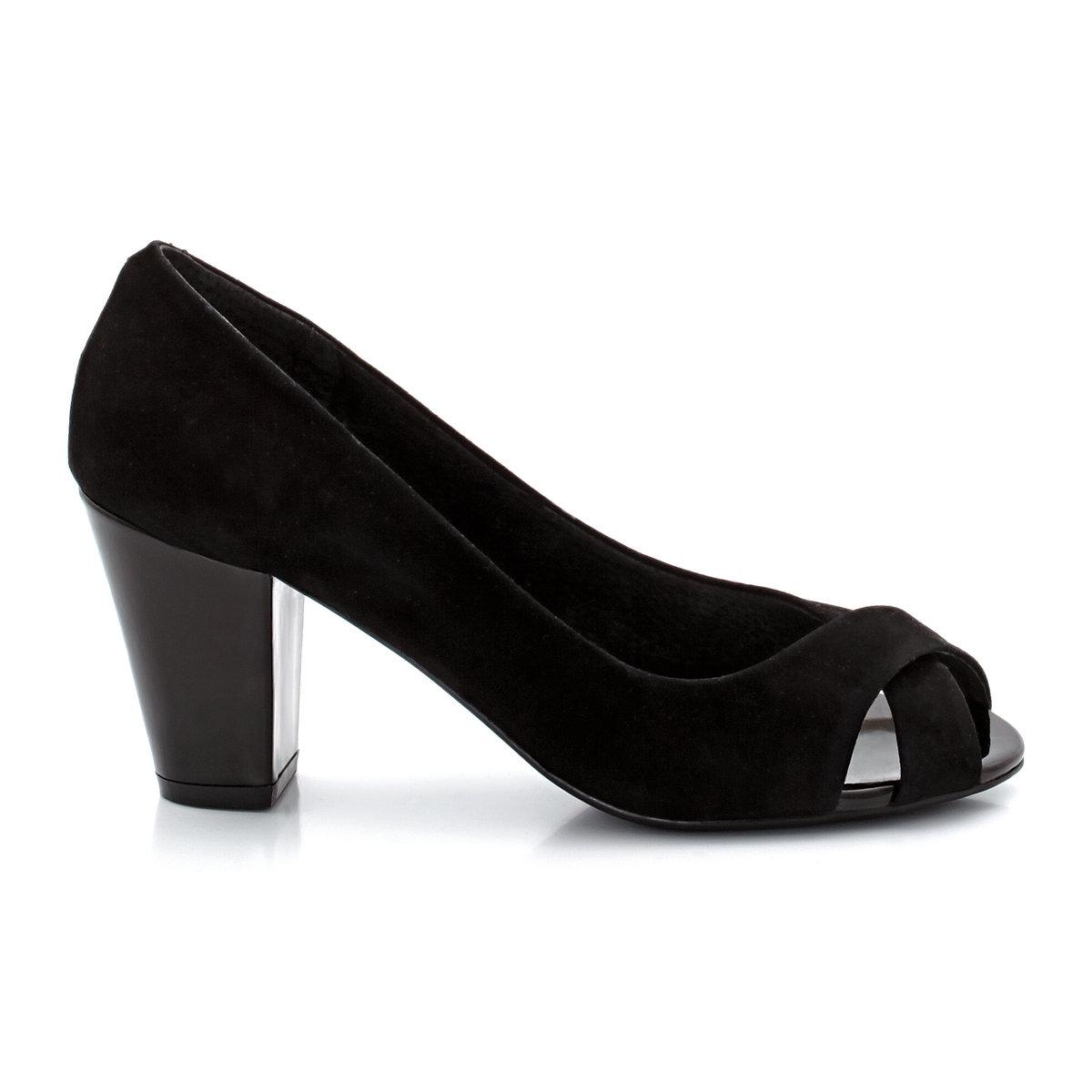 Туфли из велюра с открытым мысомTaillissime, туфли от 38 до 45 размера по одной цене! Верх: козий велюр. Подкладка: кожа. Стелька: кожа на пористой основе. Подошва: эластомер. Высота каблука:  6,5 см. Плюс модели: широкий лакированный каблук для устойчивости и комфорта, декоративный бантик сзади.<br><br>Цвет: черный<br>Размер: 38