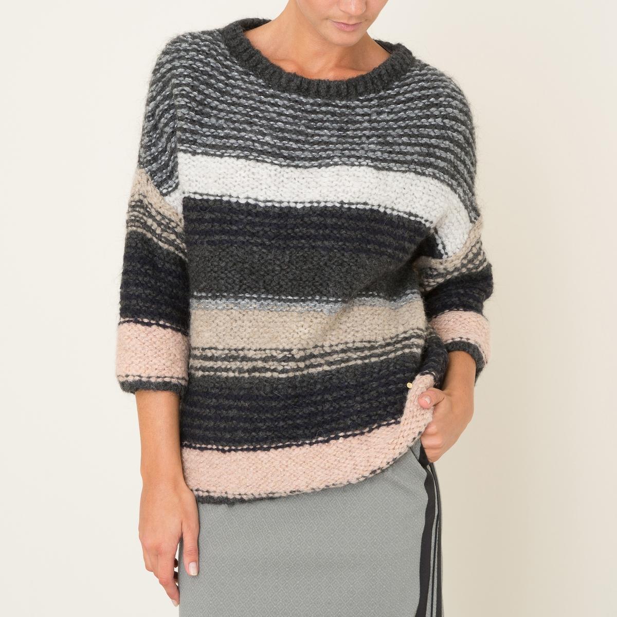 Пуловер объемного покрояСостав и описание Материал : 56% акрила, 18% мохера, 18% шерсти, 8% полиамидаМарка : STELLA FOREST<br><br>Цвет: серый