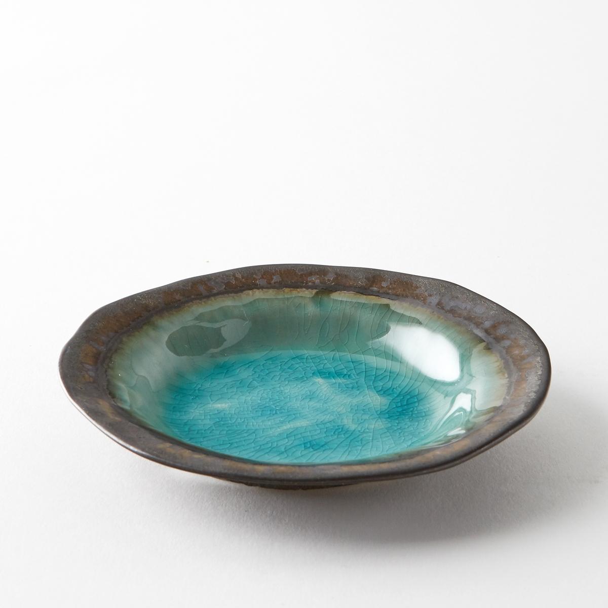 Чаша Altadill из эмалированной керамикиЧаша Altadill. Керамическое блюдо с бирюзовой эмалью и металлизированной отделкой под бронзу. Ручная работа, каждое блюдо уникально. Размеры : ?15 x В2,5 см.Мыть в посудомоечной машине запрещено. .<br><br>Цвет: голубой бирюзовый