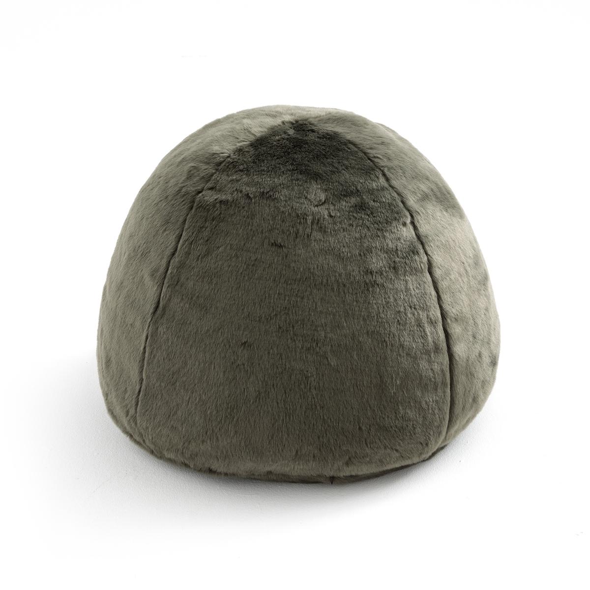 Пуф меховой KANPURМягкий и объемный меховой пуф согреет и добавит уюта в ваш интерьер . Характеристики пуфа Kanpur :Меховая обивка 76% акрила, 24% полиэстера.Наполнитель из 100% полистирола.Съемный чехол с застежкой на молнию можно стирать.Размеры : В40 x ?50 см.Всю коллекцию KANPUR Вы найдете на laredoute.ru<br><br>Цвет: бежевый,хаки,черный<br>Размер: единый размер.единый размер