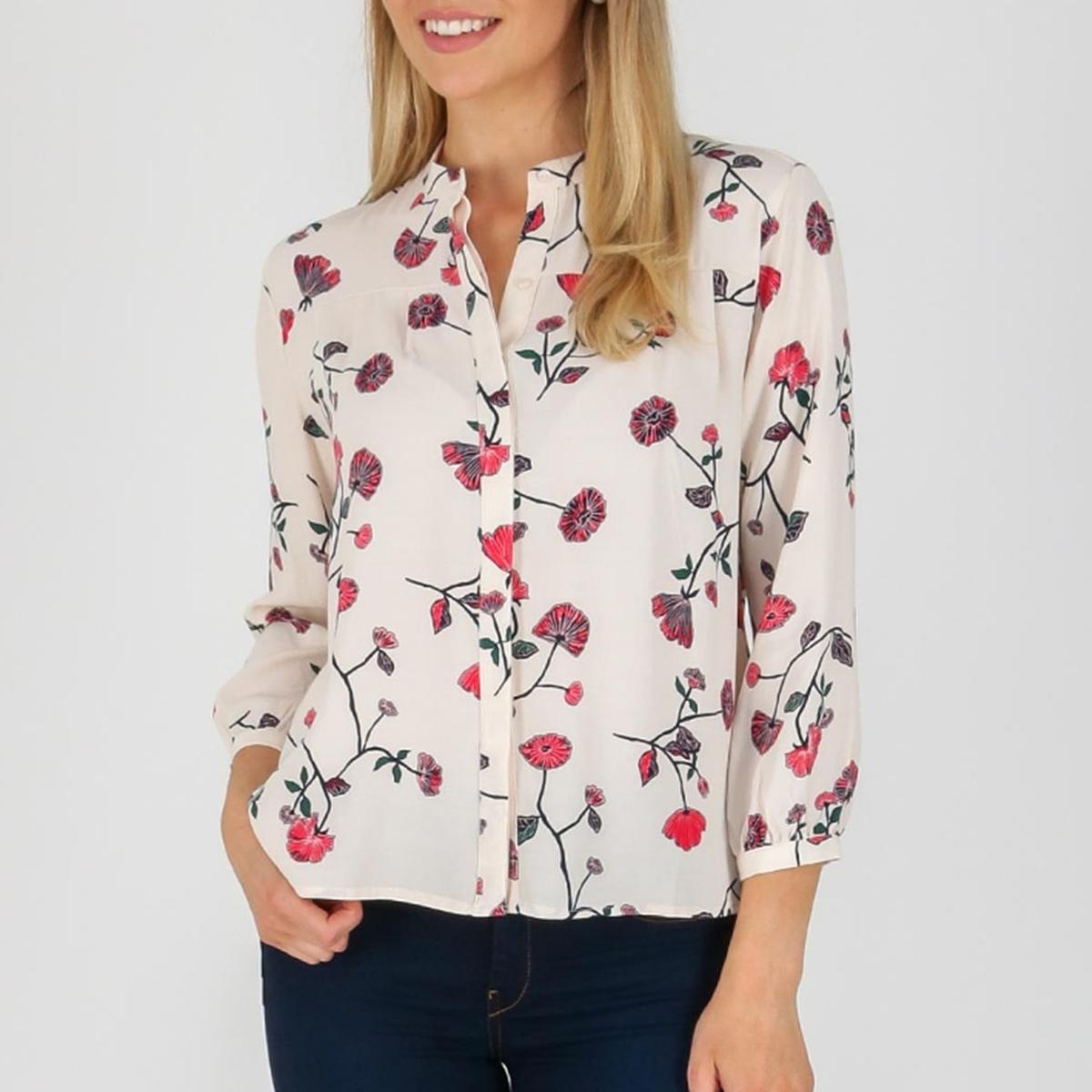 Блузка с цветочным рисунком и длинными рукавами