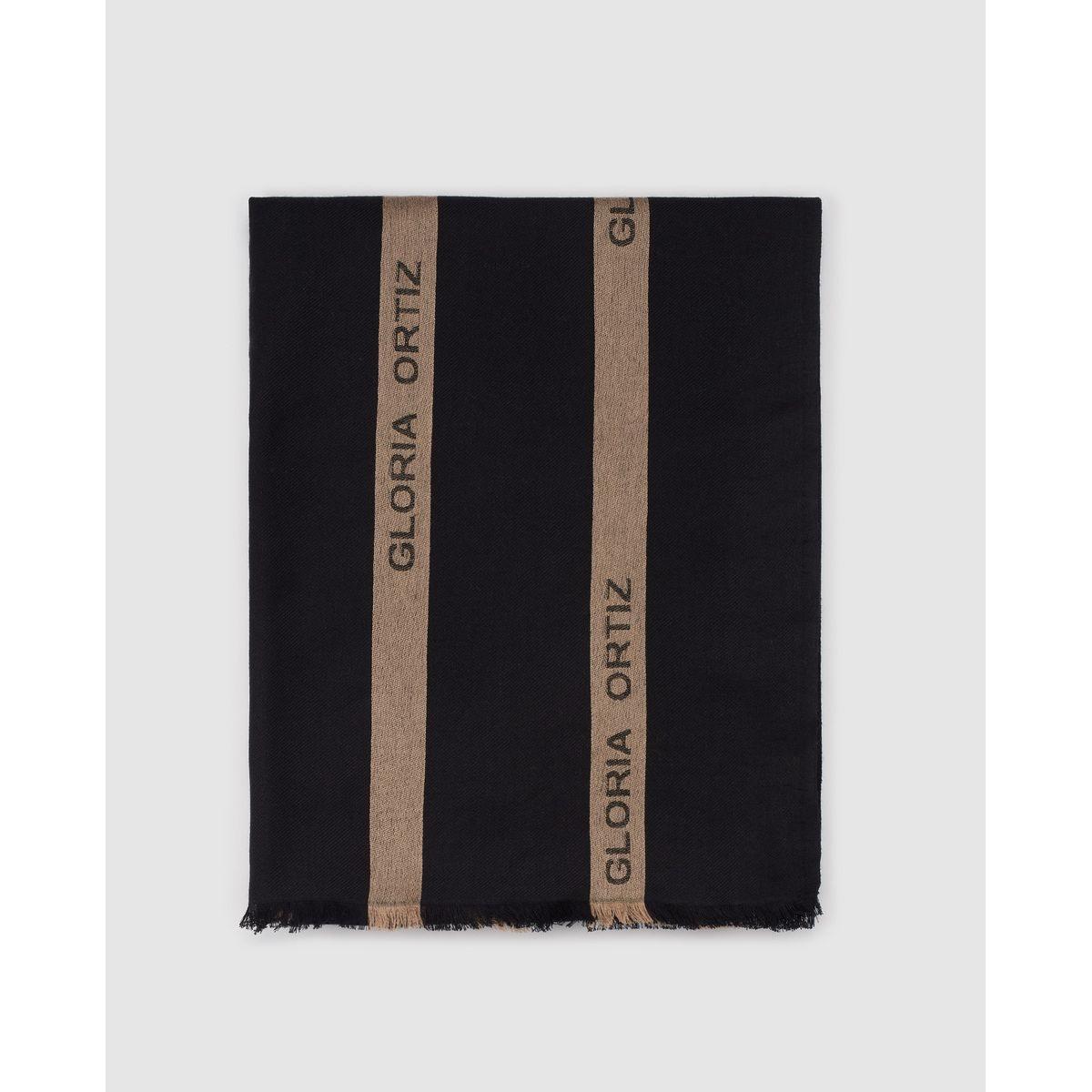 Foulard en laine à motif contrastantes