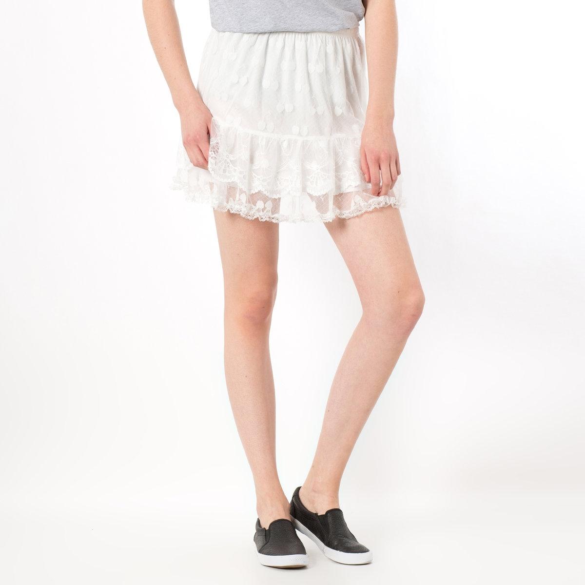 Юбка короткая с воланами из кружевного тюляЮбка MOLLY BRACKEN. Бесконечно очаровательная юбка из вышитого тюля! Идеальный вариант для лета!На подкладке. Эластичный пояс. Юбка из 50% полиэстера, 30% акрила, 20% полиуретана. Подкладка из полиэстера.<br><br>Цвет: белый
