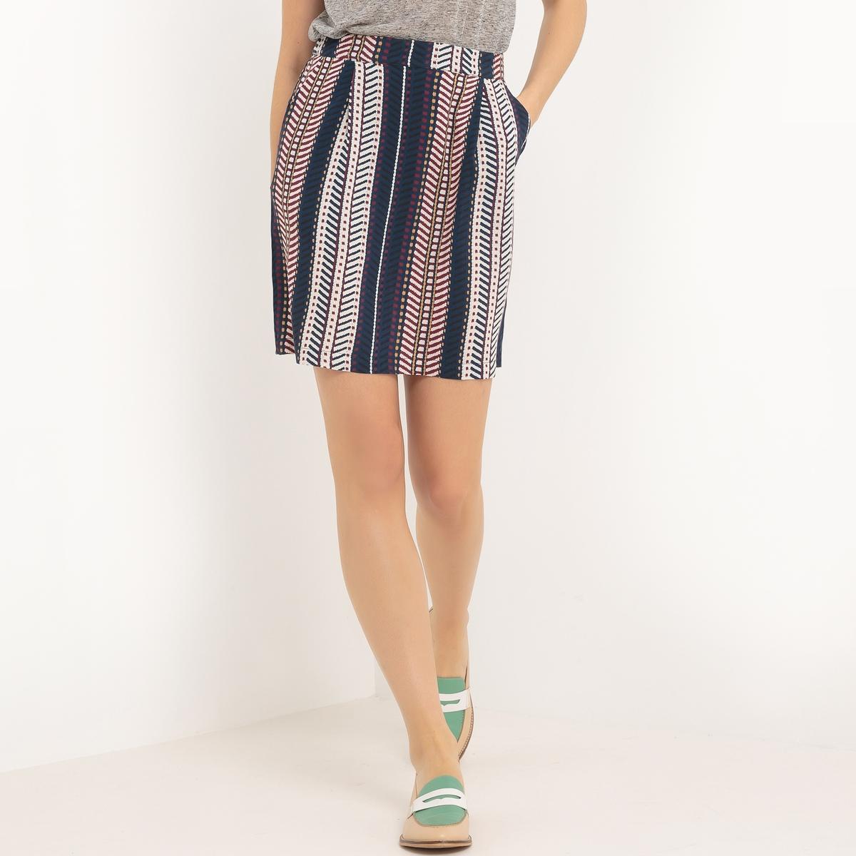 Юбка с рисункомМатериал : 100% вискоза  Особенность пояса : эластичный пояс  Рисунок : принт  Длина юбки : короткая<br><br>Цвет: наб. рисунок синий