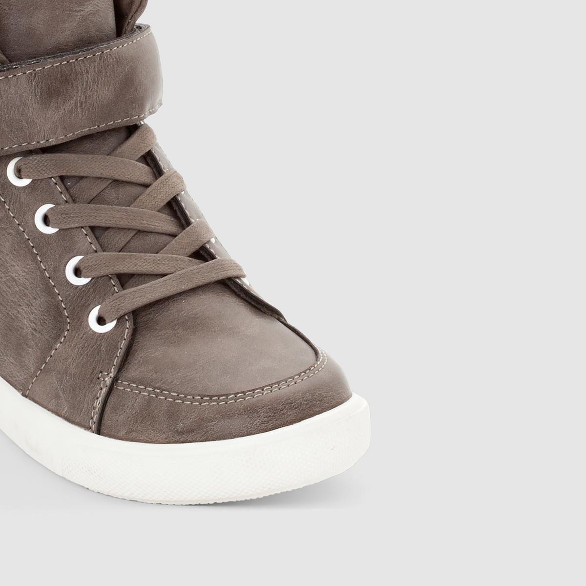Кеды высокие на шнуровке и застежке-липучкеКеды высокие на шнуровке и застежке-липучке, abcd R .Верх: синтетика.Подкладка: текстиль.Стелька : текстиль.Подошва: эластомер.Застежка : шнуровка и планка-велкро Актуальная модель, планка-велкро обеспечивает стильный вид и прекрасную поддержку: высокие кеды, которые можно носить как в школе, так и на отдыхе !<br><br>Цвет: серый<br>Размер: 31