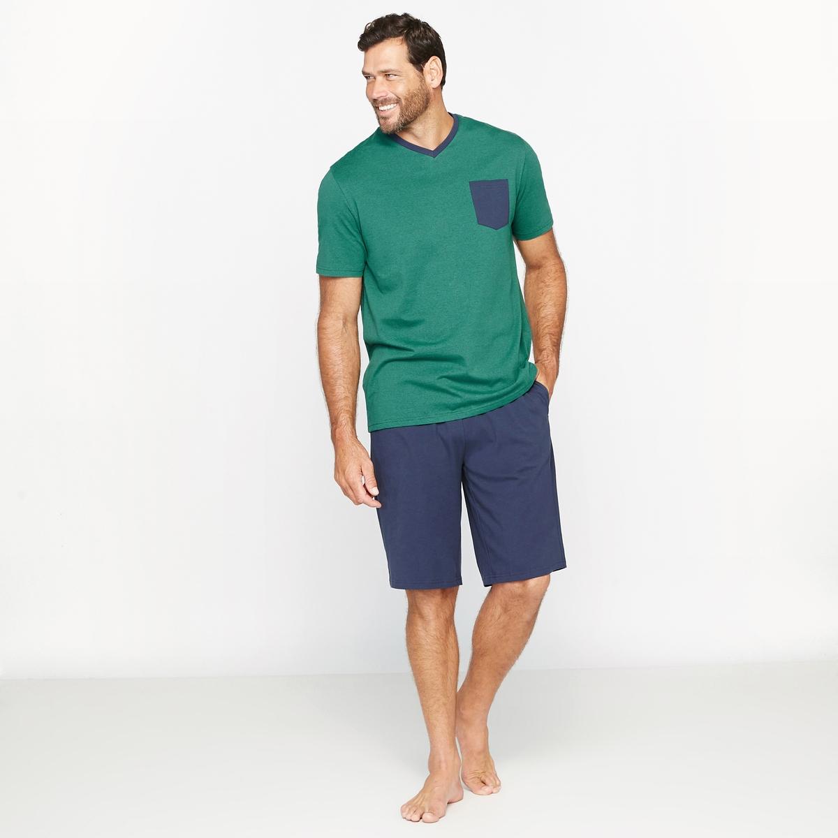 Пижама с шортами с нагрудным карманомПижама с шортами.Высокий V-образный вырез. Короткие рукава. Нагрудный карман.Однотонные шорты. Эластичный пояс с завязками. 2 кармана по бокам.Материал : трикотаж джерси, 60% хлопка, 40% полиэстера.Марка : CASTALUNA FOR MEN.Уход : Машинная стирка при 40 °С.<br><br>Цвет: Зеленый меланж/темно-синий<br>Размер: 62/64