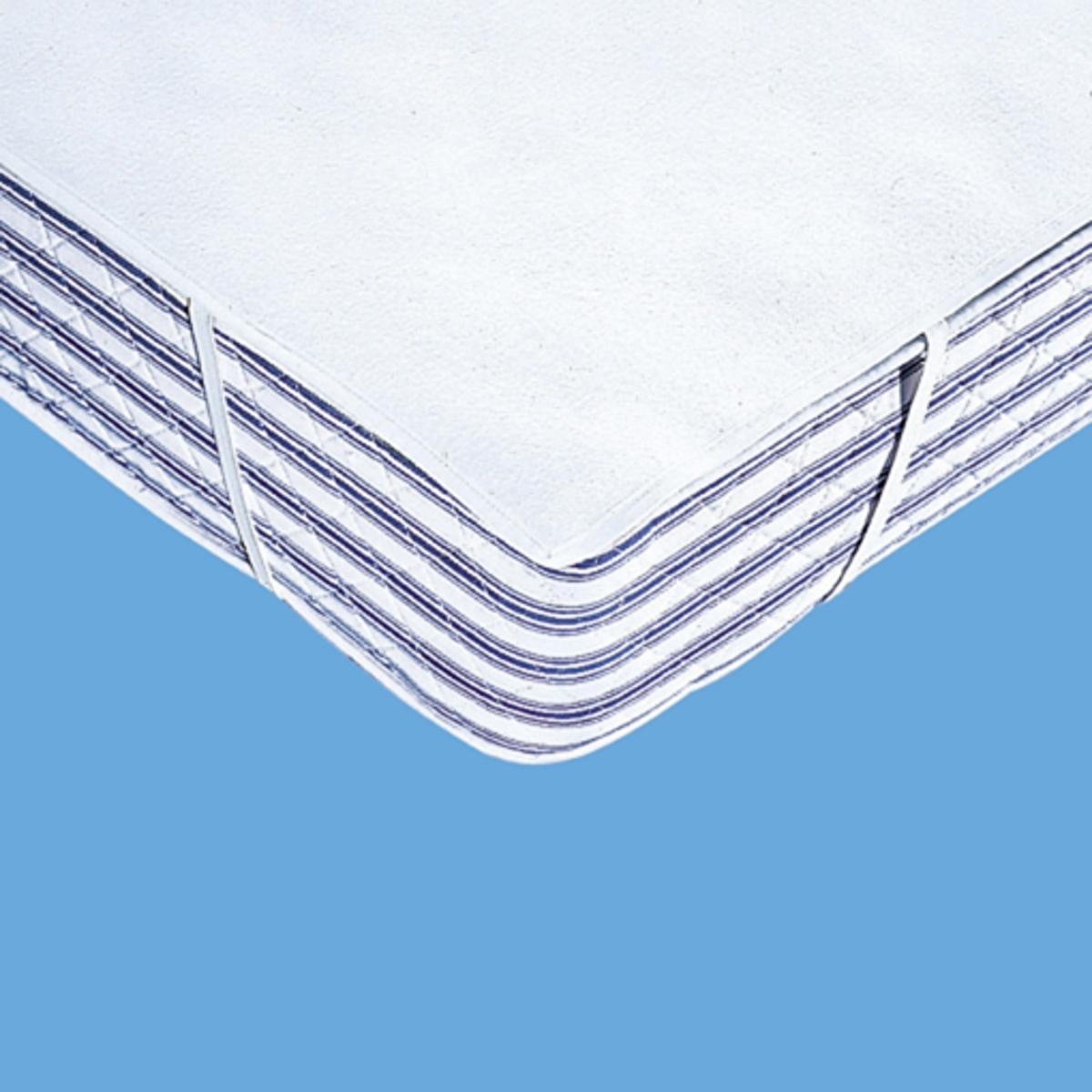 Чехол защитный на матрас из мольтона 220 г/м?Надежная защита для Ваших постельных принадлежностей и уникальный комфорт для Вас: этот чехол поглощает потоотделения, выделение которых неизбежно во время сна, и защищает подушки и одеяла от появления разводов, скапливания бактерий и клещей.Очень удобный и прочный (220 г/м?) защитный чехол в виде простыни из нежного мольтона, 100% хлопок, (начес с двух сторон)Стирка при 95°С для идеальной гигиены, обработка от усадки ткани SANFOR. Изделие с биоцидной обработкой.4 угла на резинках. Качество VALEUR S?RE.<br><br>Цвет: белый<br>Размер: 140 x 200 см.160 x 200 см