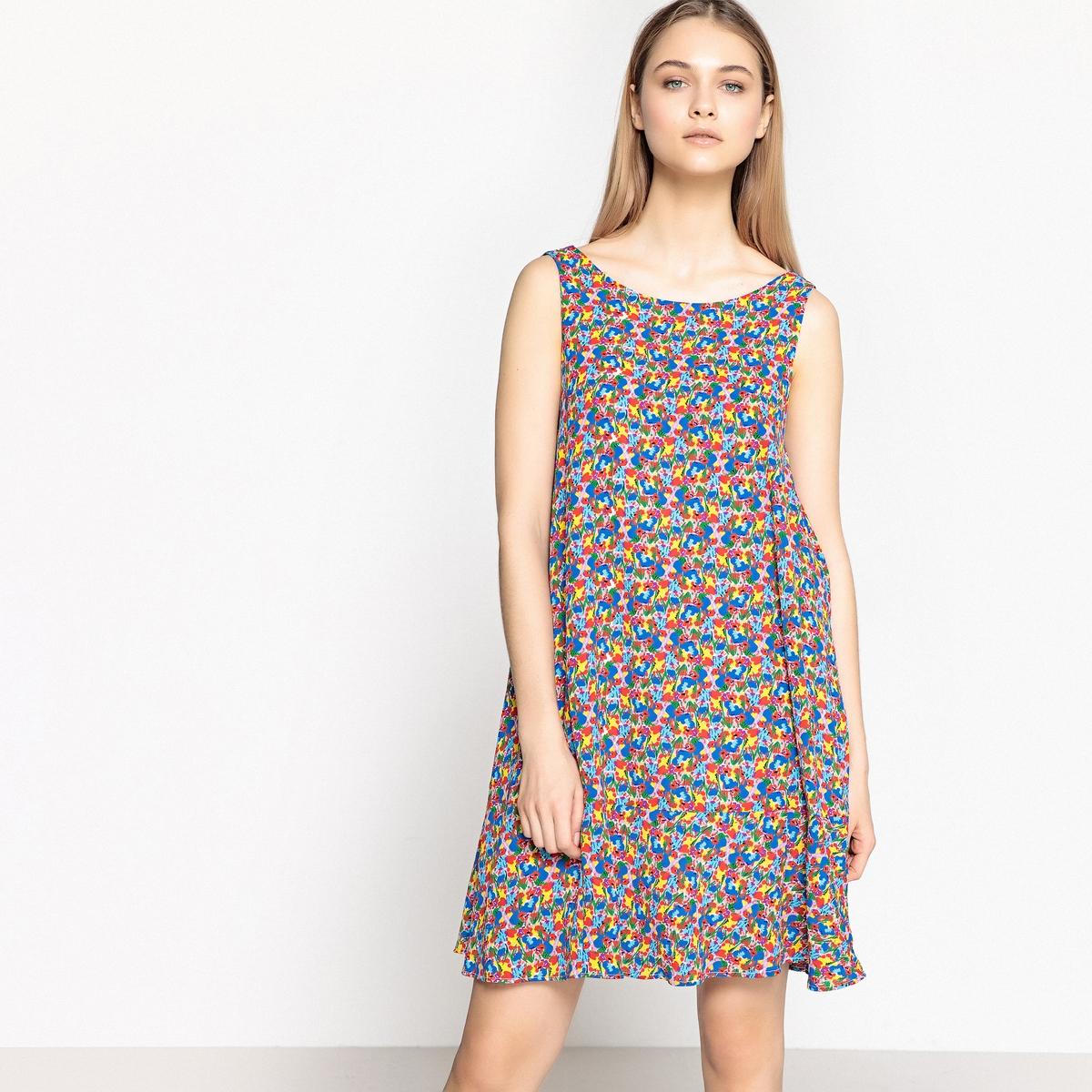 Платье с разноцветным цветочным рисунком  воланами по низу